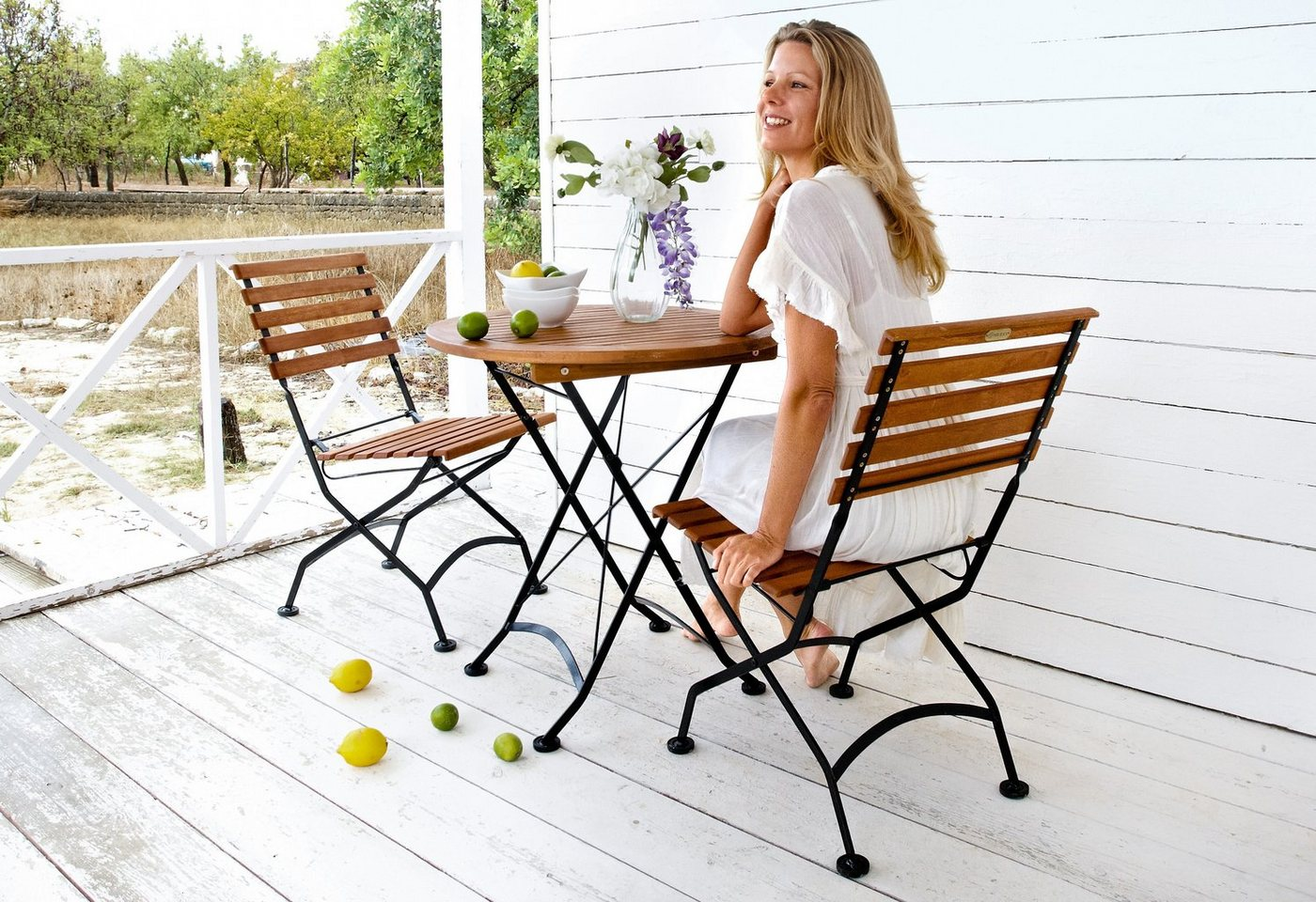 Tuinmeubelset Kasteeltuin, 2 stoelen, tafel Ø 70 cm, staal/eucalyptushout