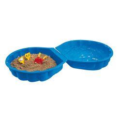 zandbak en pierenbadje in een, big, 'big-sand--watershell' blauw