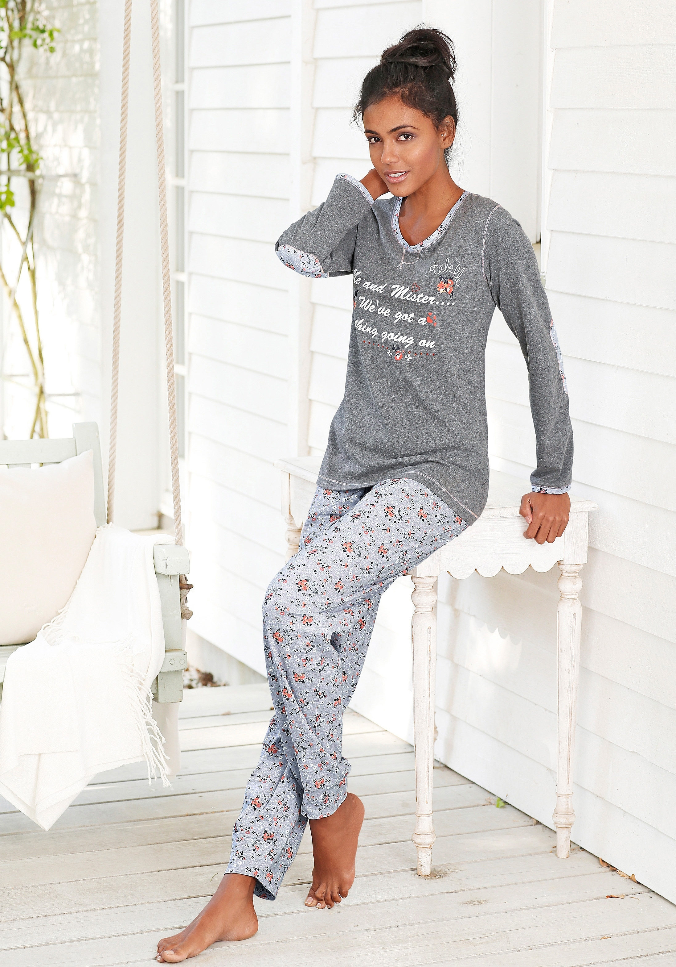 5a23bb2d5be Pyjama, REBELLE online shop | OTTO