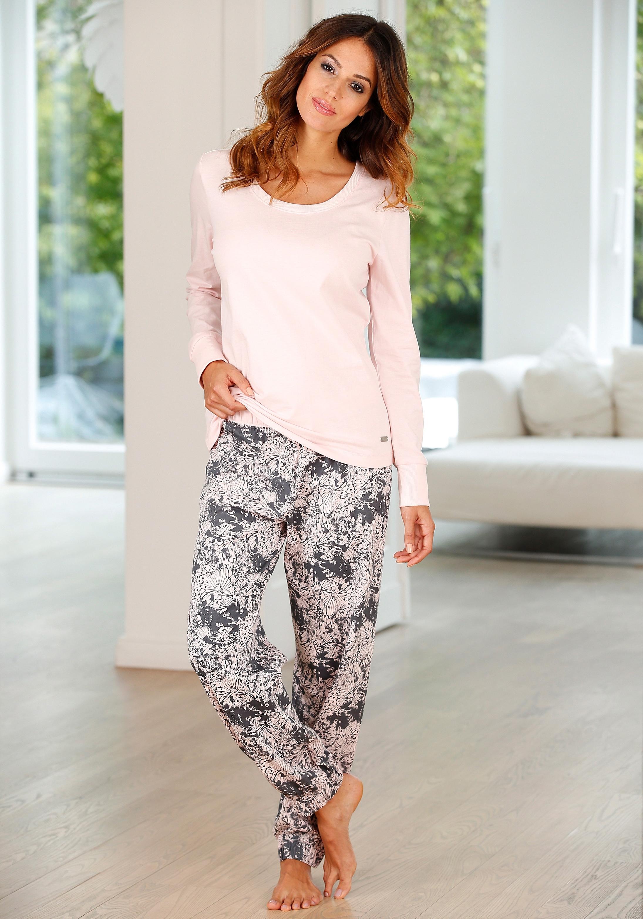 Buffalo pyjama met gedessineerde broek en bijpassend shirt met lange mouwen veilig op otto.nl kopen