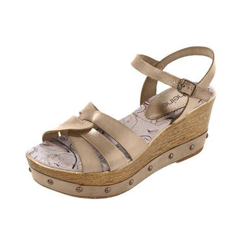 Schoen: Sandaaltjes met sleehak