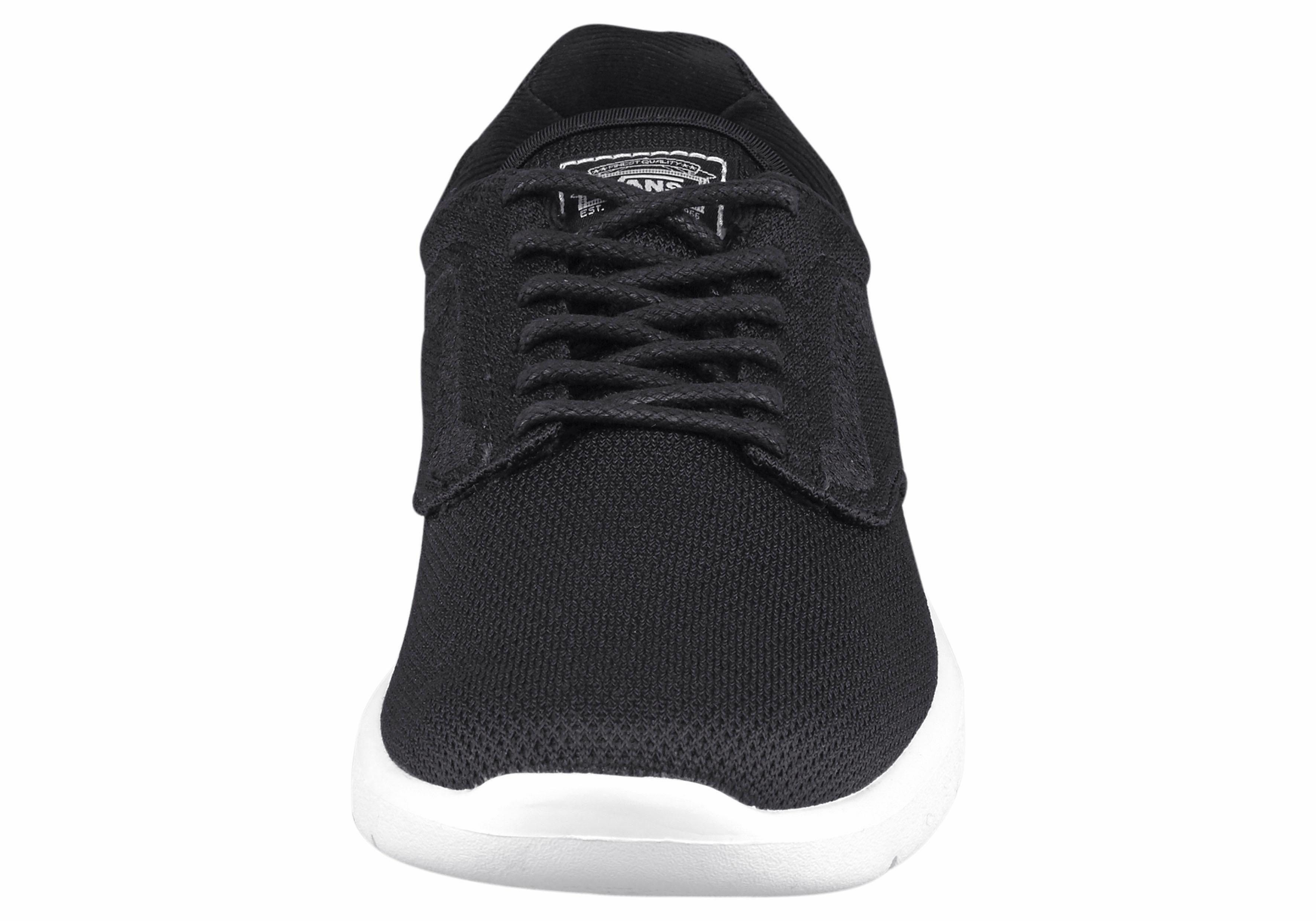 hoe vallen vans schoenen uit