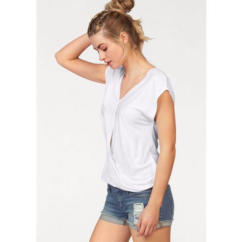 AJC shirt met V-hals