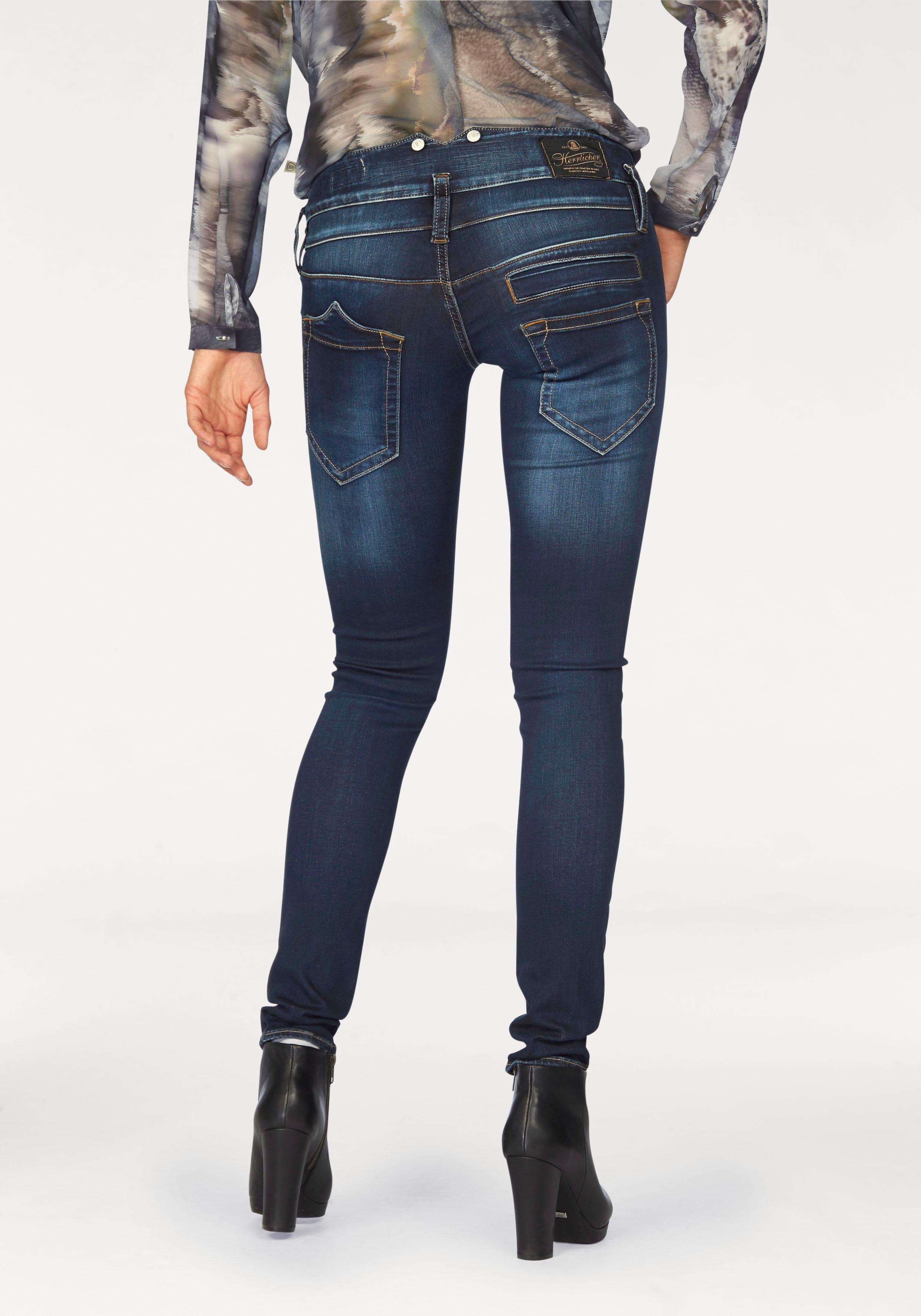 Op zoek naar een Herrlicher skinny jeans PITCH SLIM Low waist met licht push-upeffect? Koop online bij OTTO