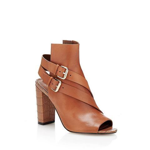 Schoen: GUESS sandaaltjes Bayless van leer