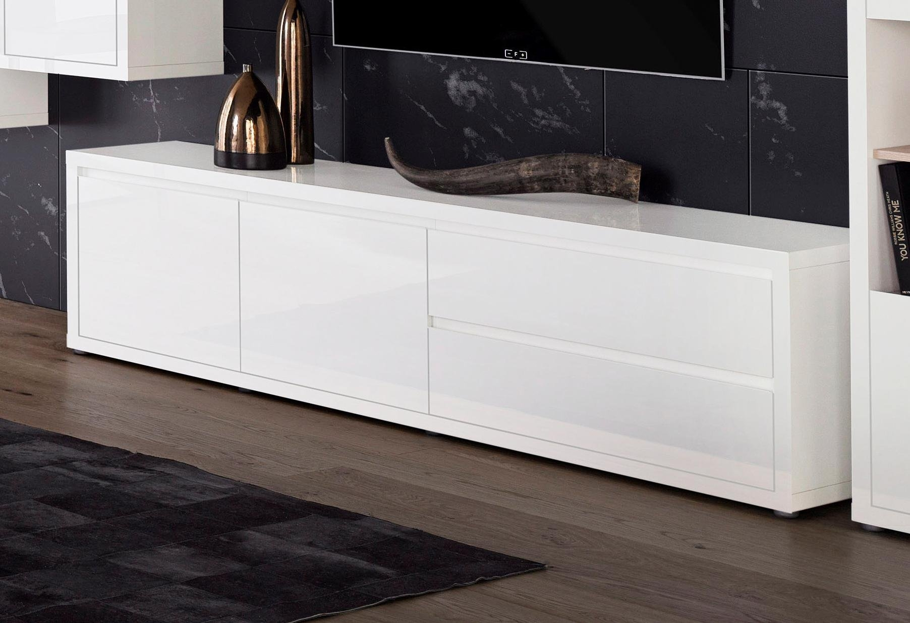 Places Of Style roomed lowboard »Moro«, breedte 188 cm nu online bestellen