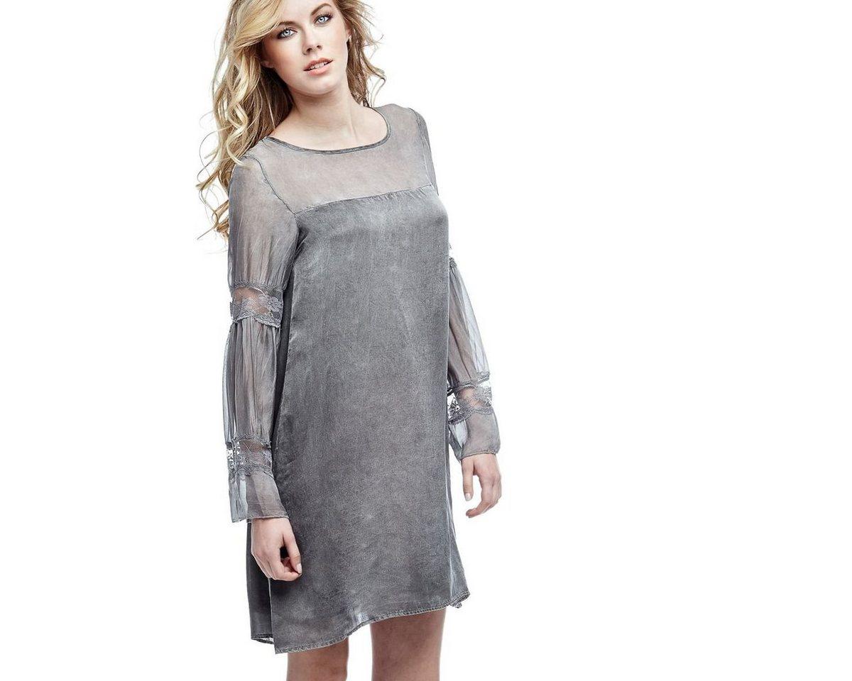 Guess jurk van zijde grijs