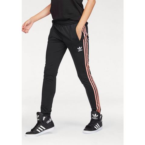 NU 15% KORTING: ADIDAS ORIGINALS trainingsbroek »SST TP«