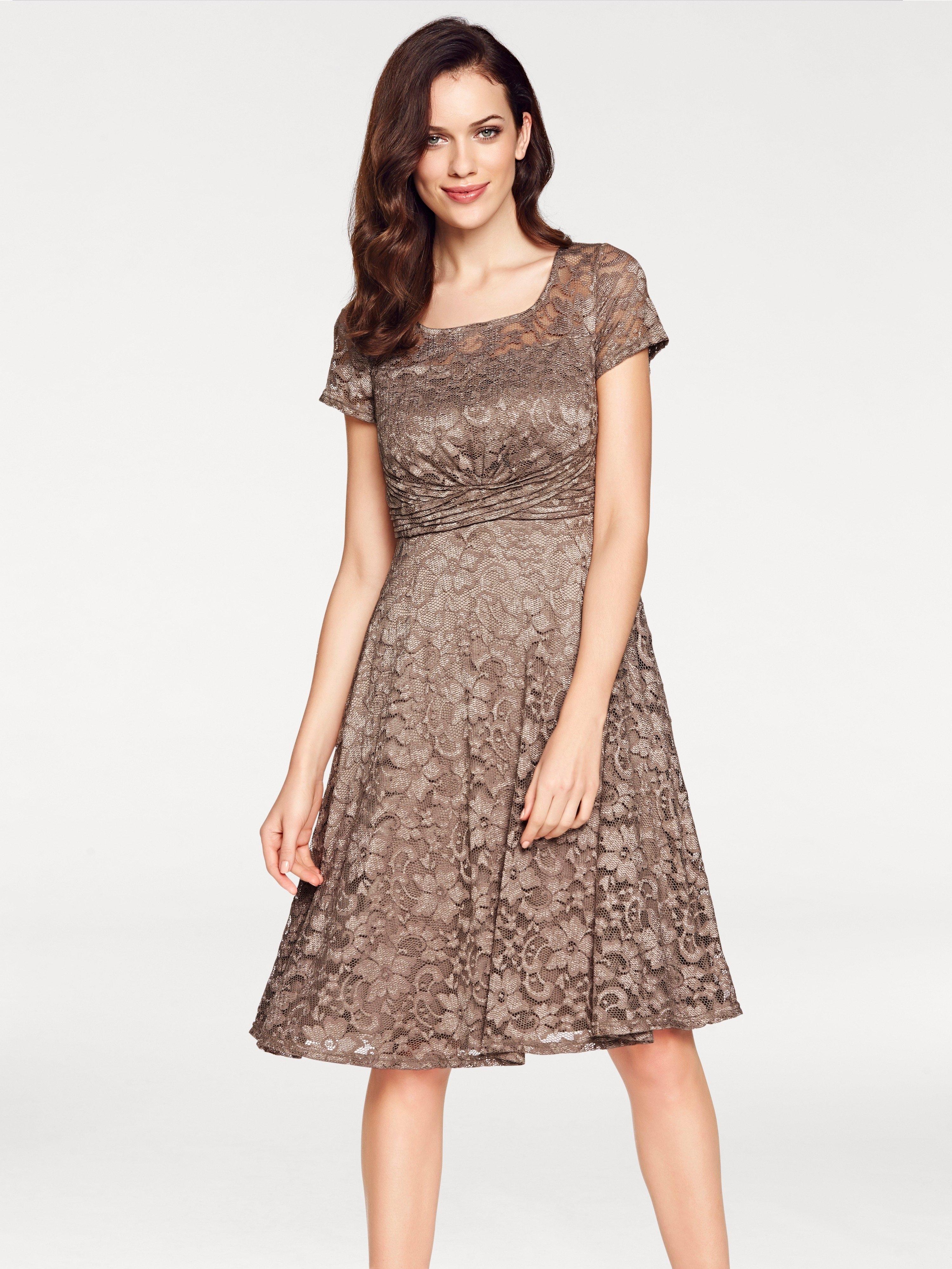 a2f8def31a6cba Kanten jurk in de online winkel