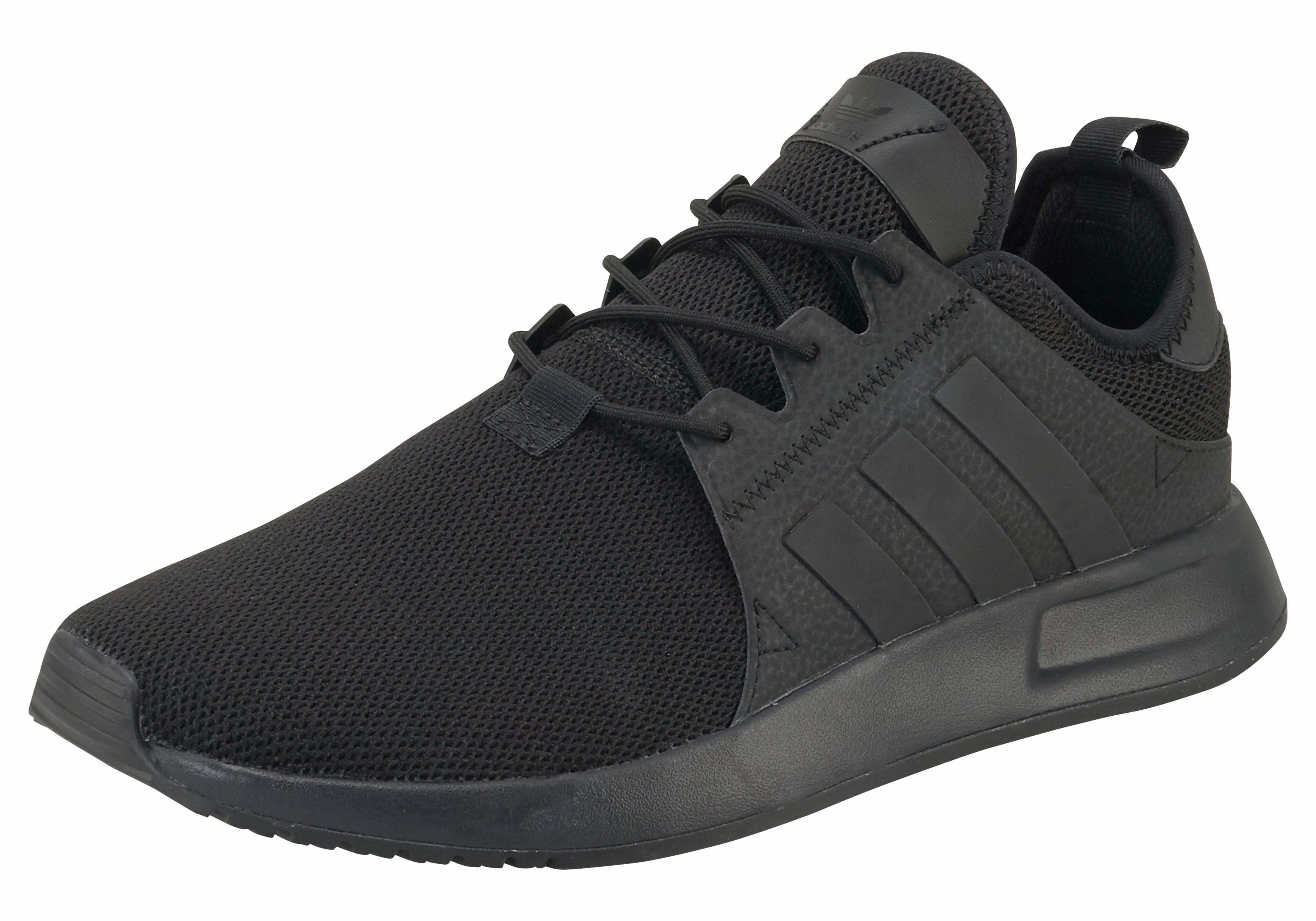 vallen adidas schoenen groot of klein uit