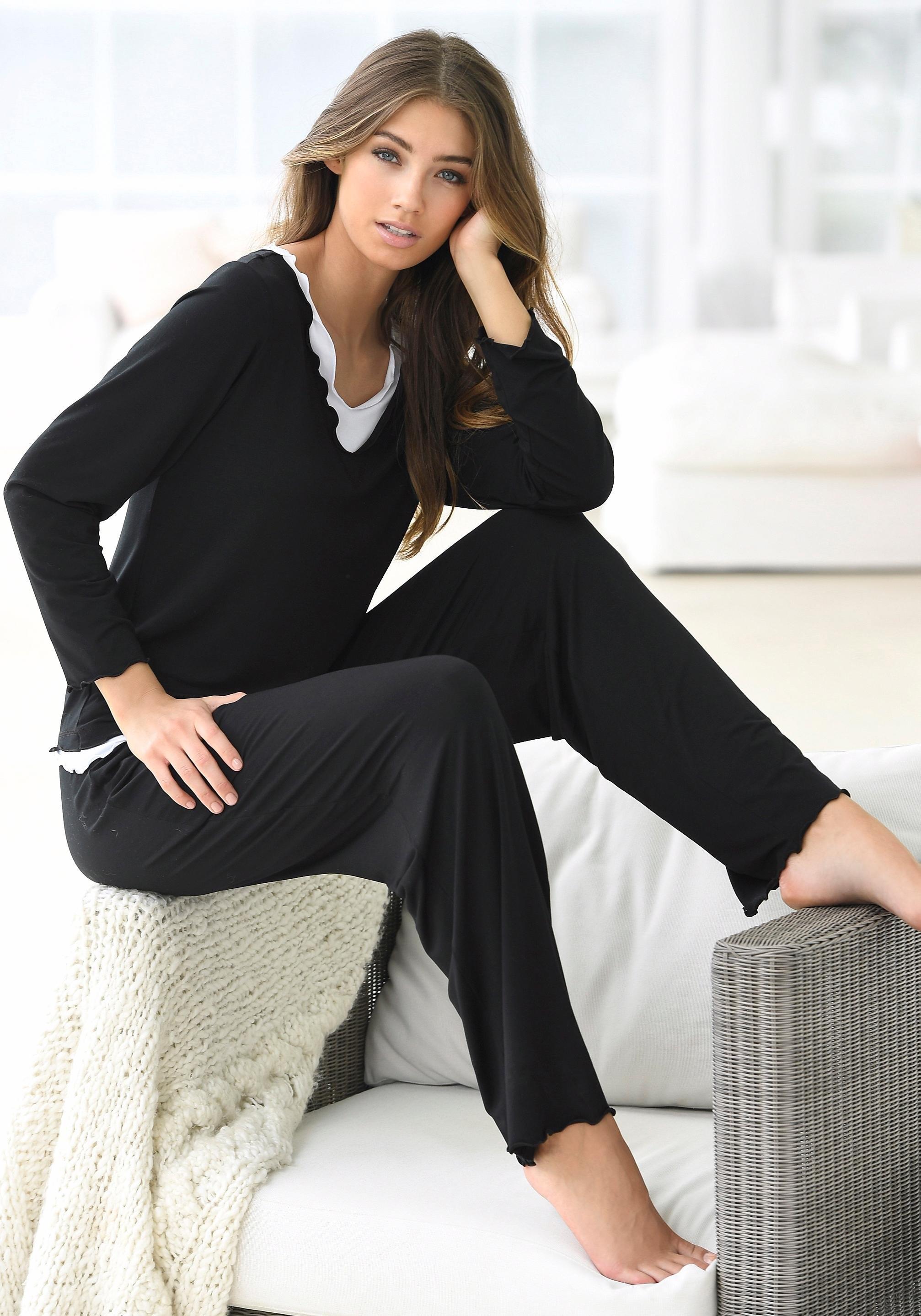Op zoek naar een LASCANA pyjama in hoogwaardige layer-look? Koop online bij OTTO