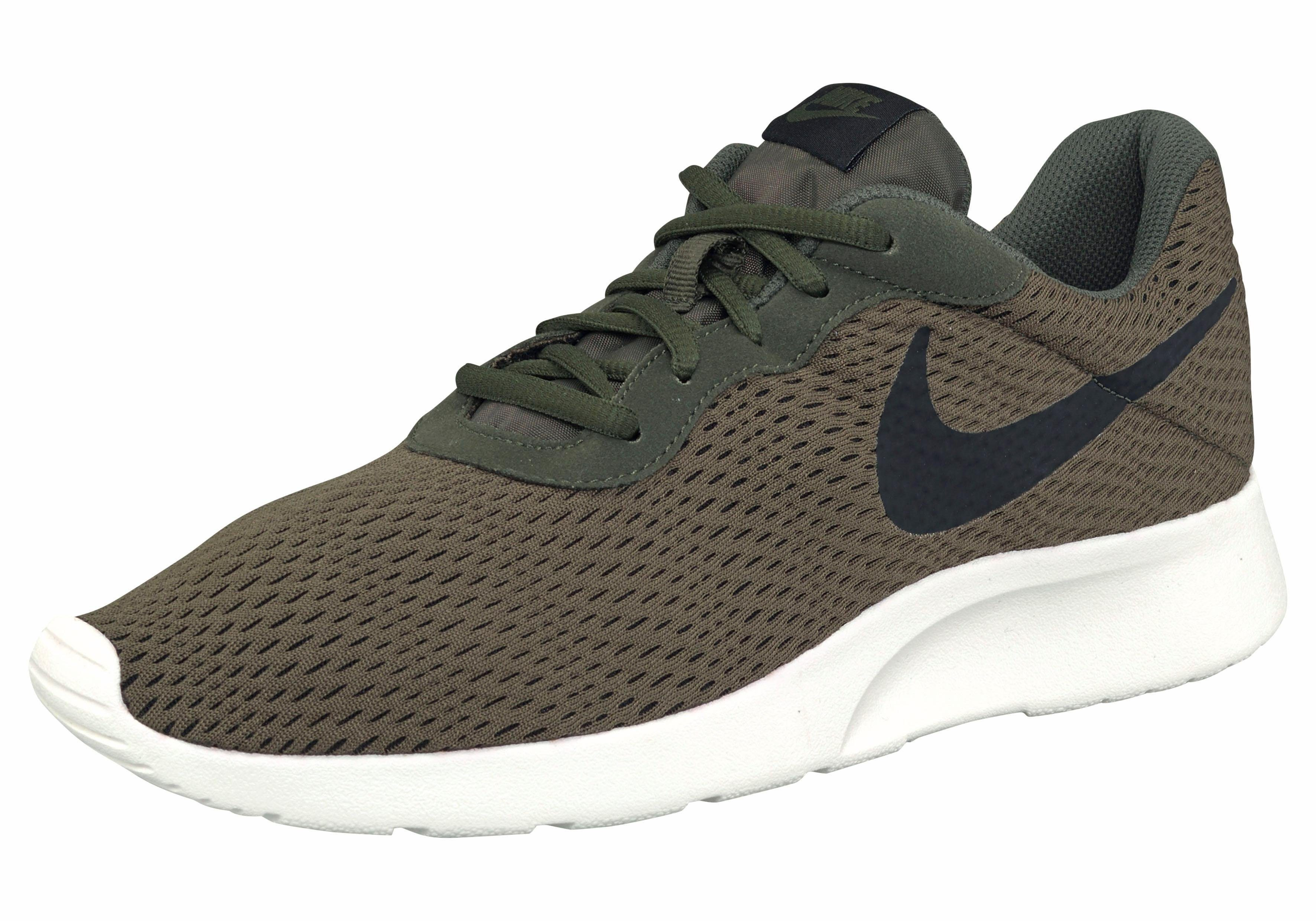 Tanjun Chaussures Vert Nike Pour Les Hommes 3kRGi