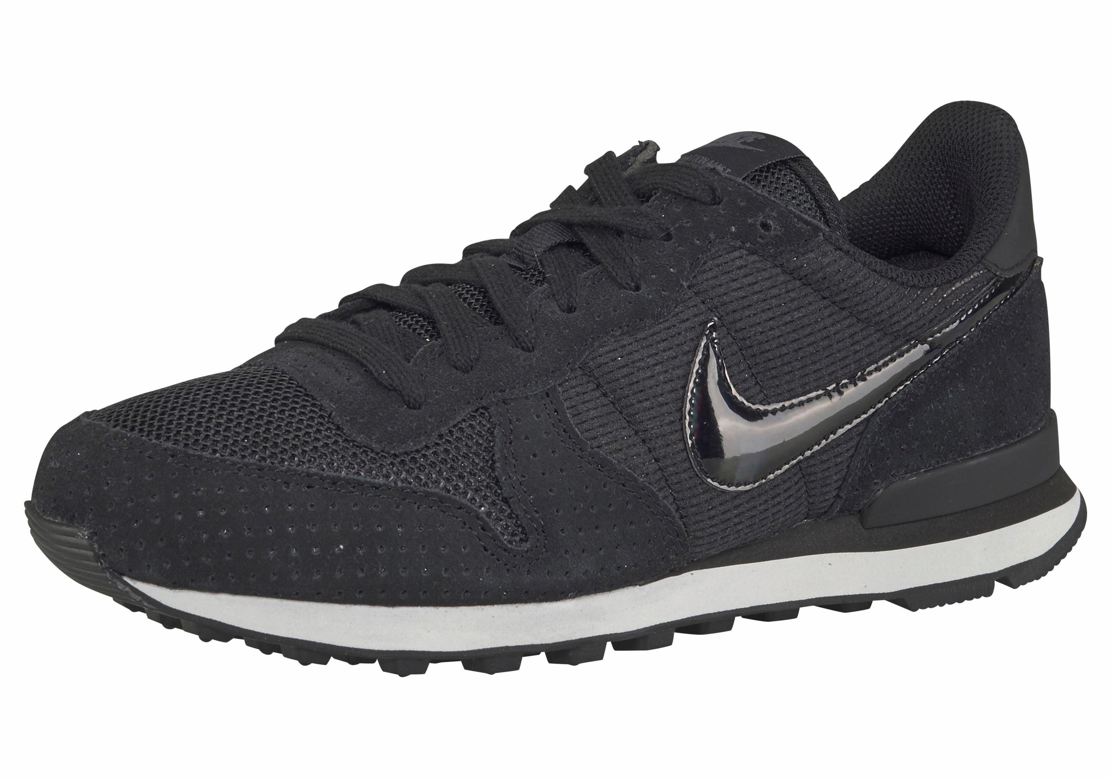 Nike Chaussures De Sport Noir dLwD77