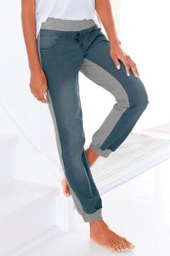 jeans-sweatpants