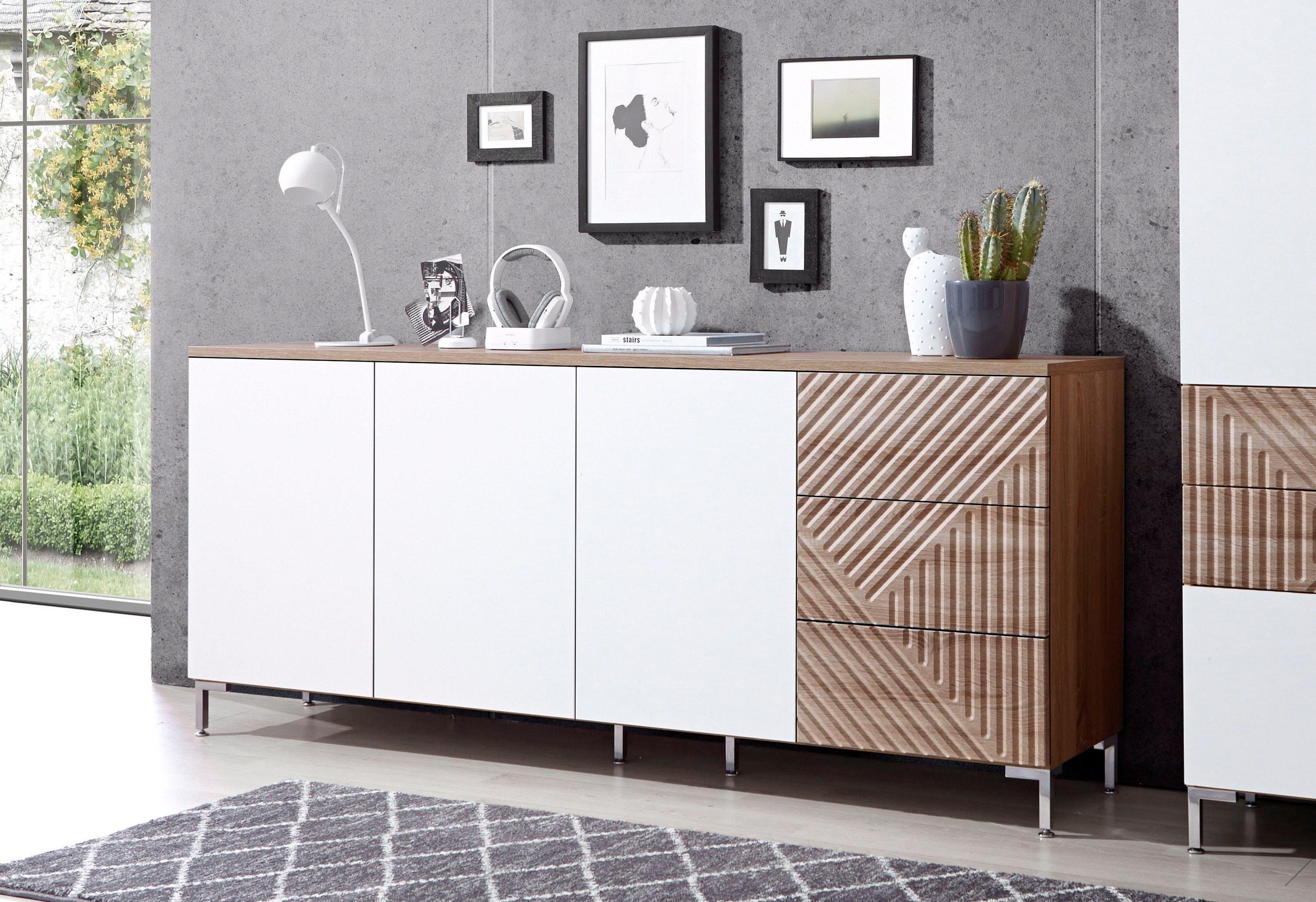 Op zoek naar een Inosign dressoir »Greta«, met mooi freeswerk op de ladefronten, breedte 195 cm? Koop online bij OTTO