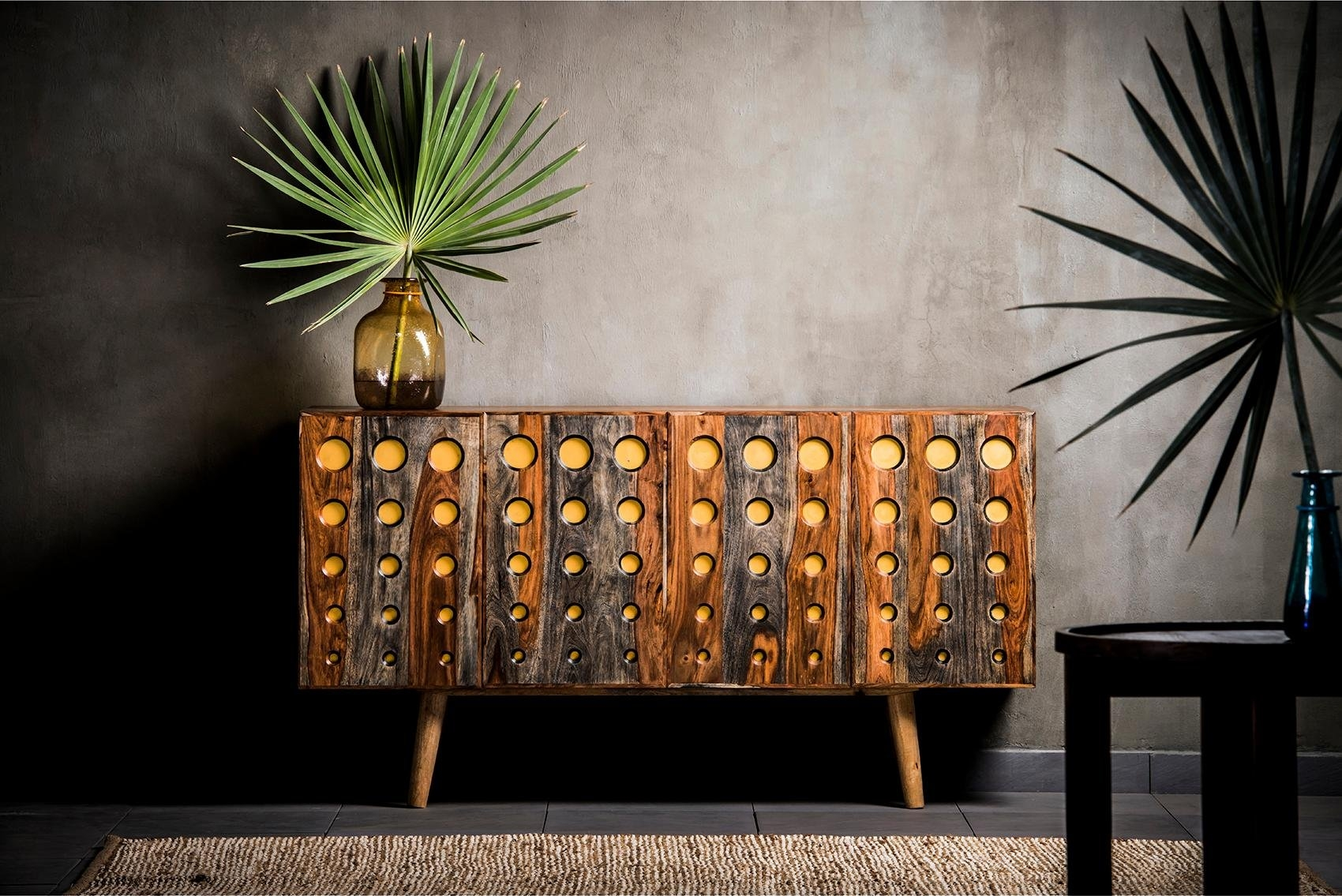 Home affaire dressoir »Dove«, met mooi cirkelvormig freeswerk op een gele achtergrond - gratis ruilen op otto.nl