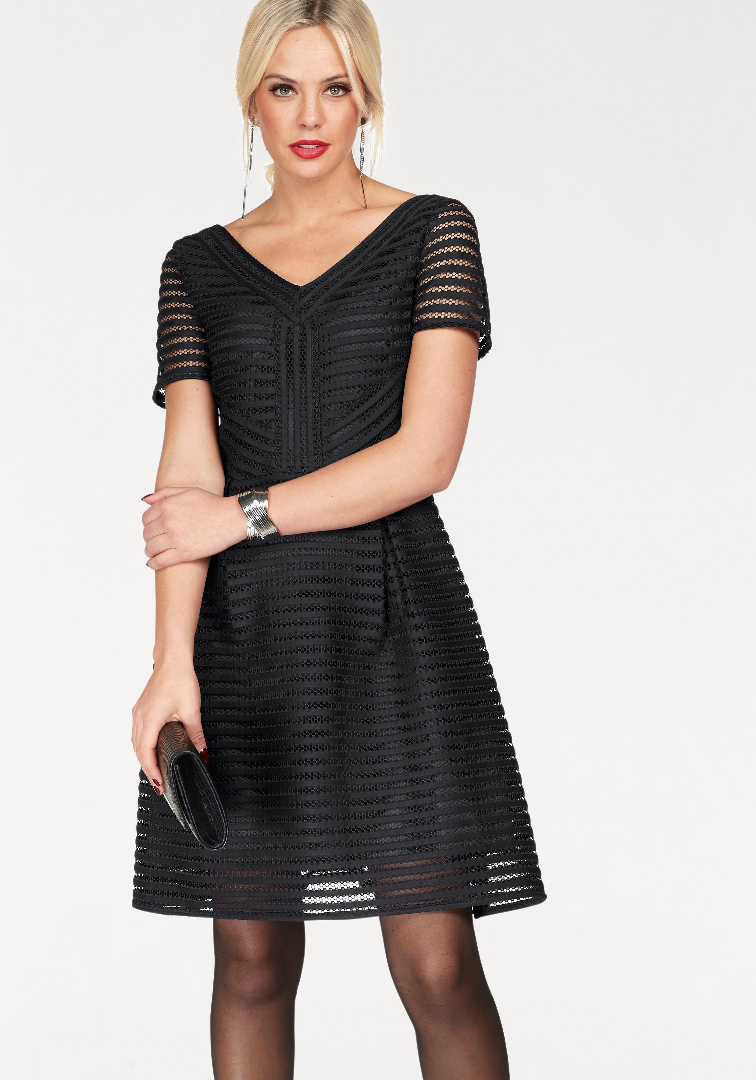 Feestelijke jurk met lange mouwen