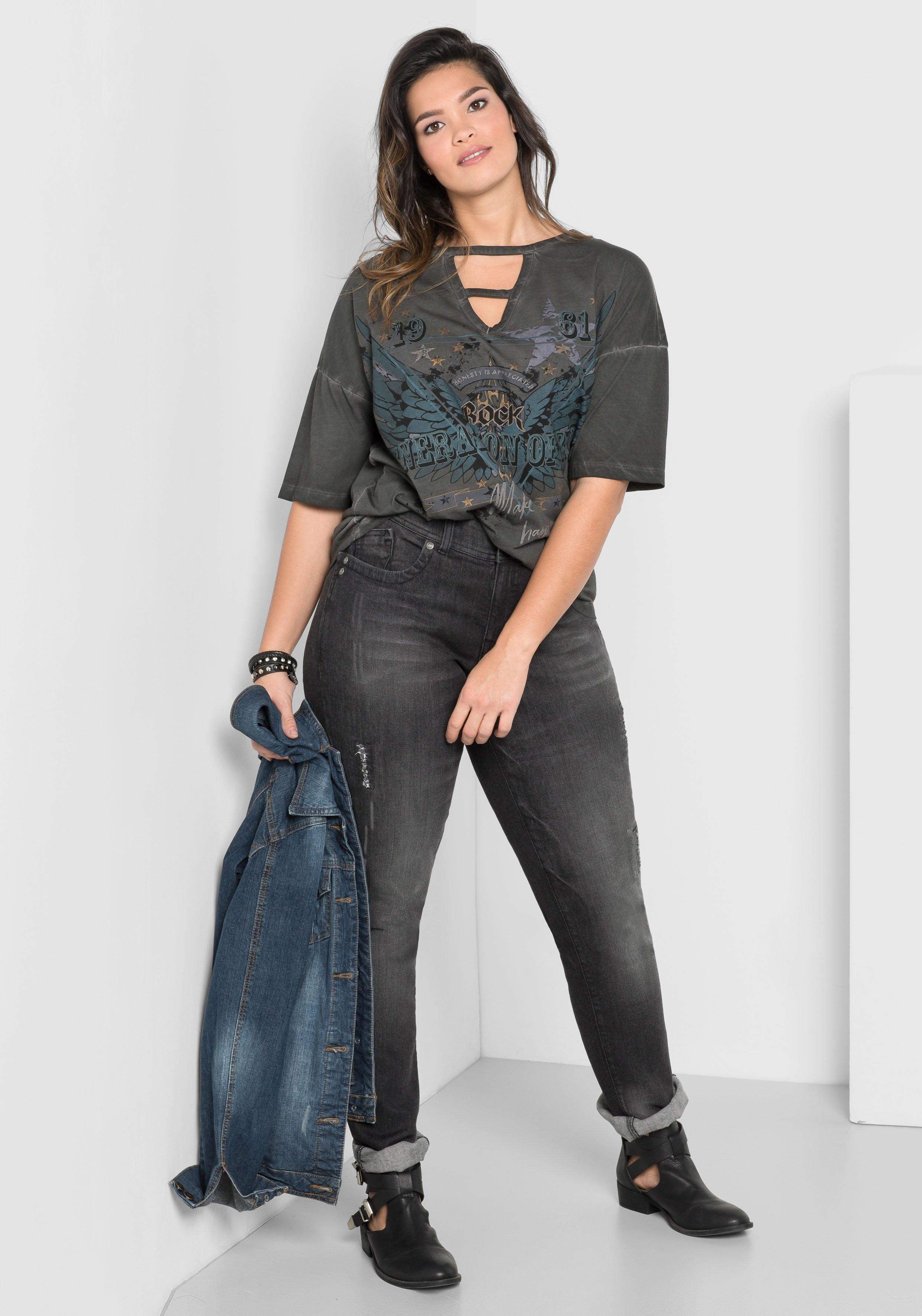 Op zoek naar een Sheego Denim SHEEGO DENIM stretch-jeans met smalle pijpen? Koop online bij OTTO