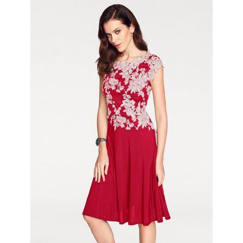 jurk met borduursel rood