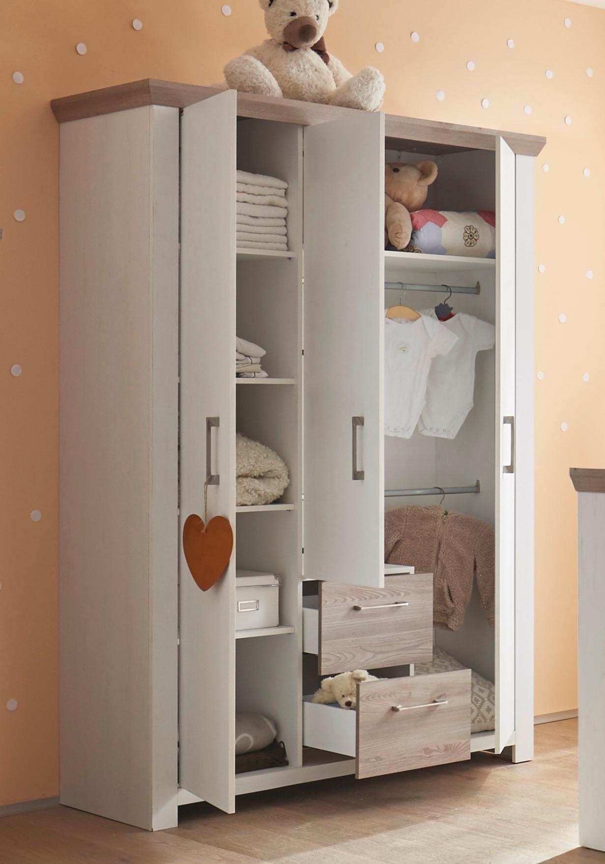 Complete Babykamer Stralsund Ledikant Commode Kledingkast 3 Delig In Imitatie Pine Wit