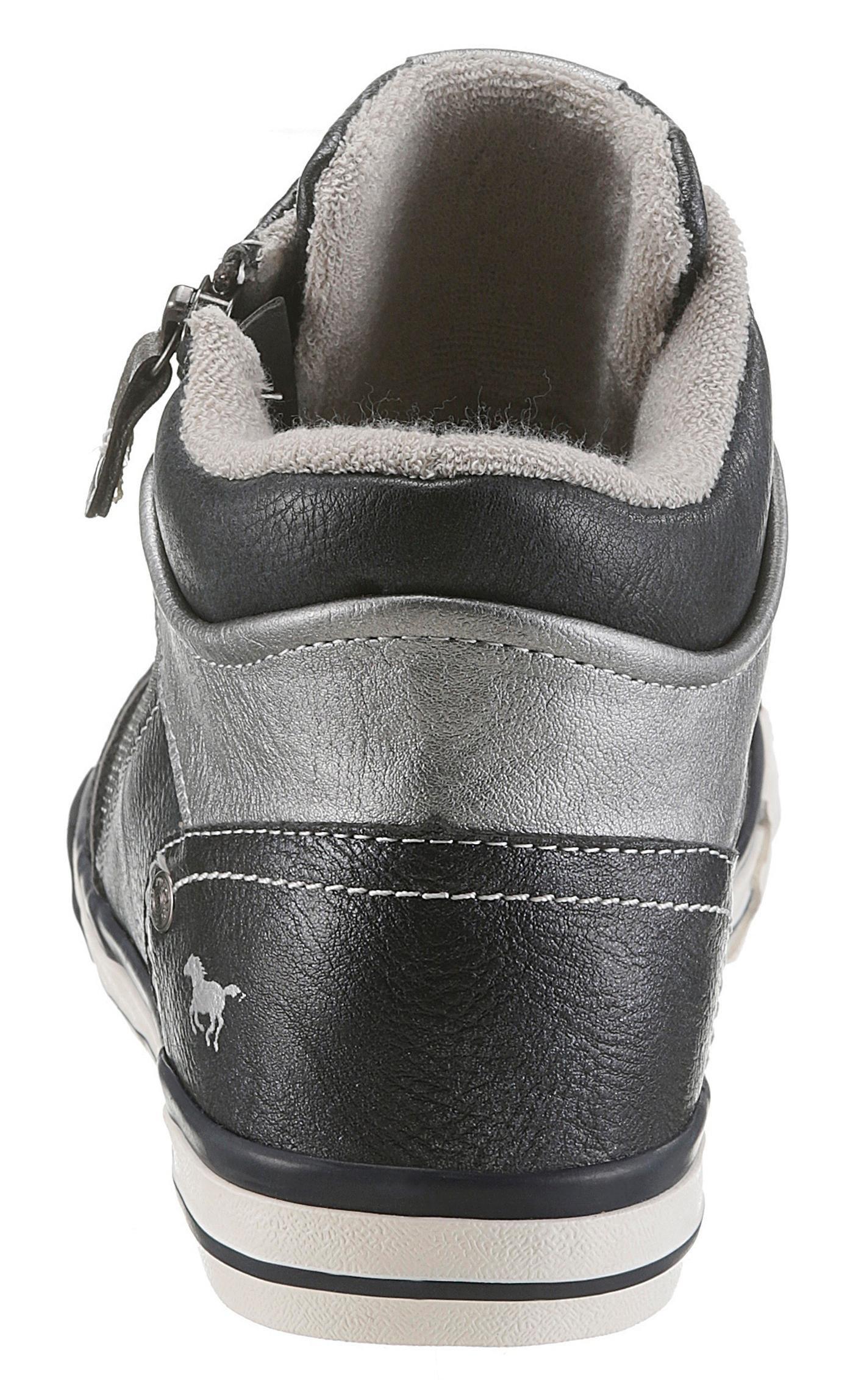 Shoes Verkrijgbaar Mustang Sneakers Online Mustang Shoes PkwXZOTiul