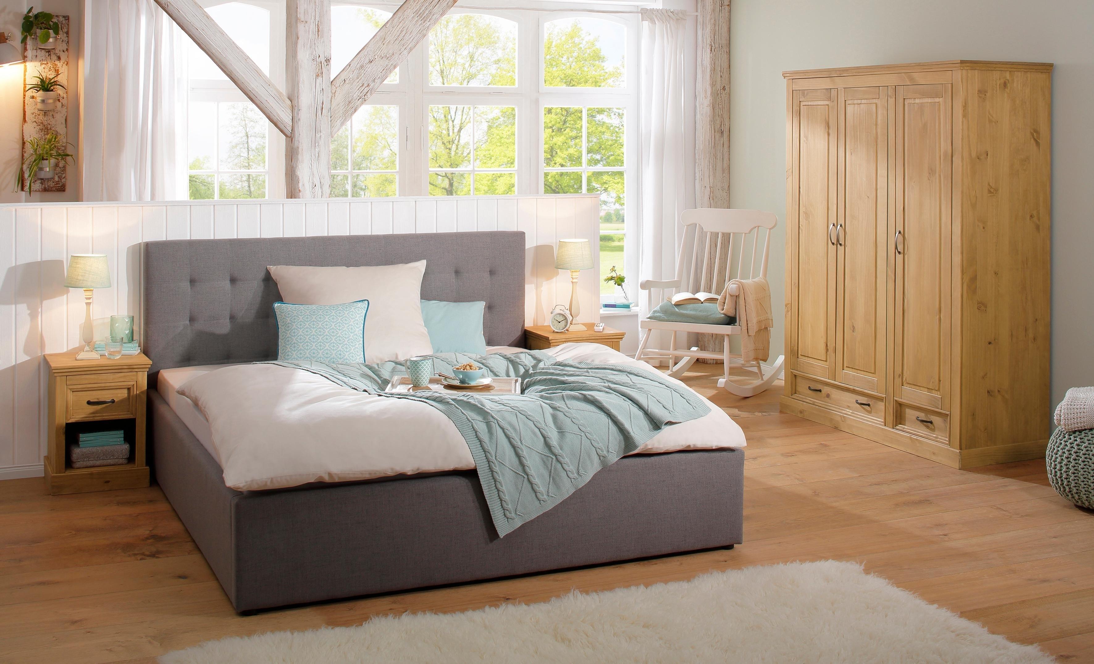 https://i.otto.nl/i/otto/25923785/home-affaire-garderobekast-3-deurs-selma-voor-de-slaapkamer-van-massief-hout-hoogte-190-cm-bruin.jpg?$ovnl_seo_index$