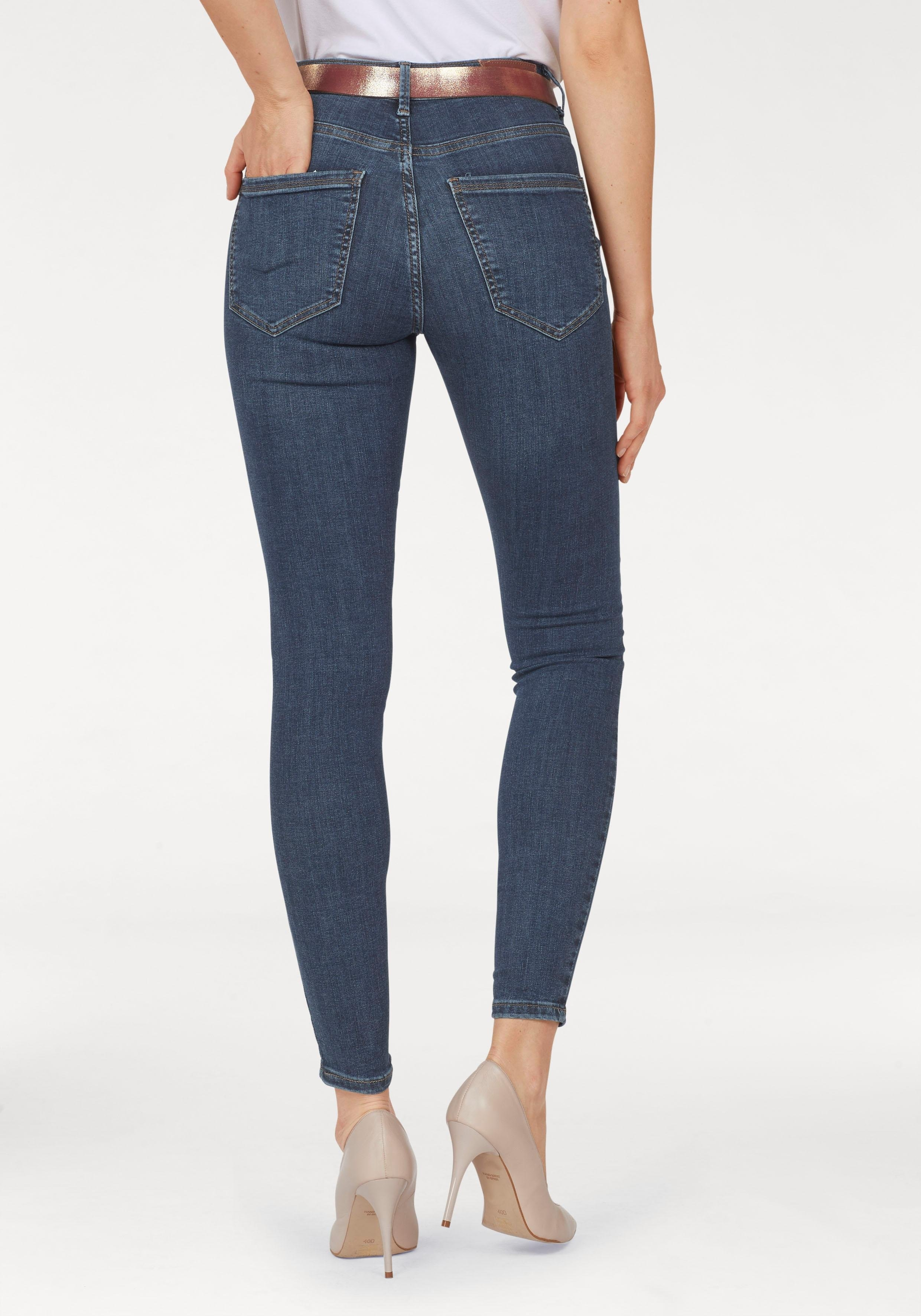 Op zoek naar een Vero Moda high-waist jeans VMSOPHIA? Koop online bij OTTO