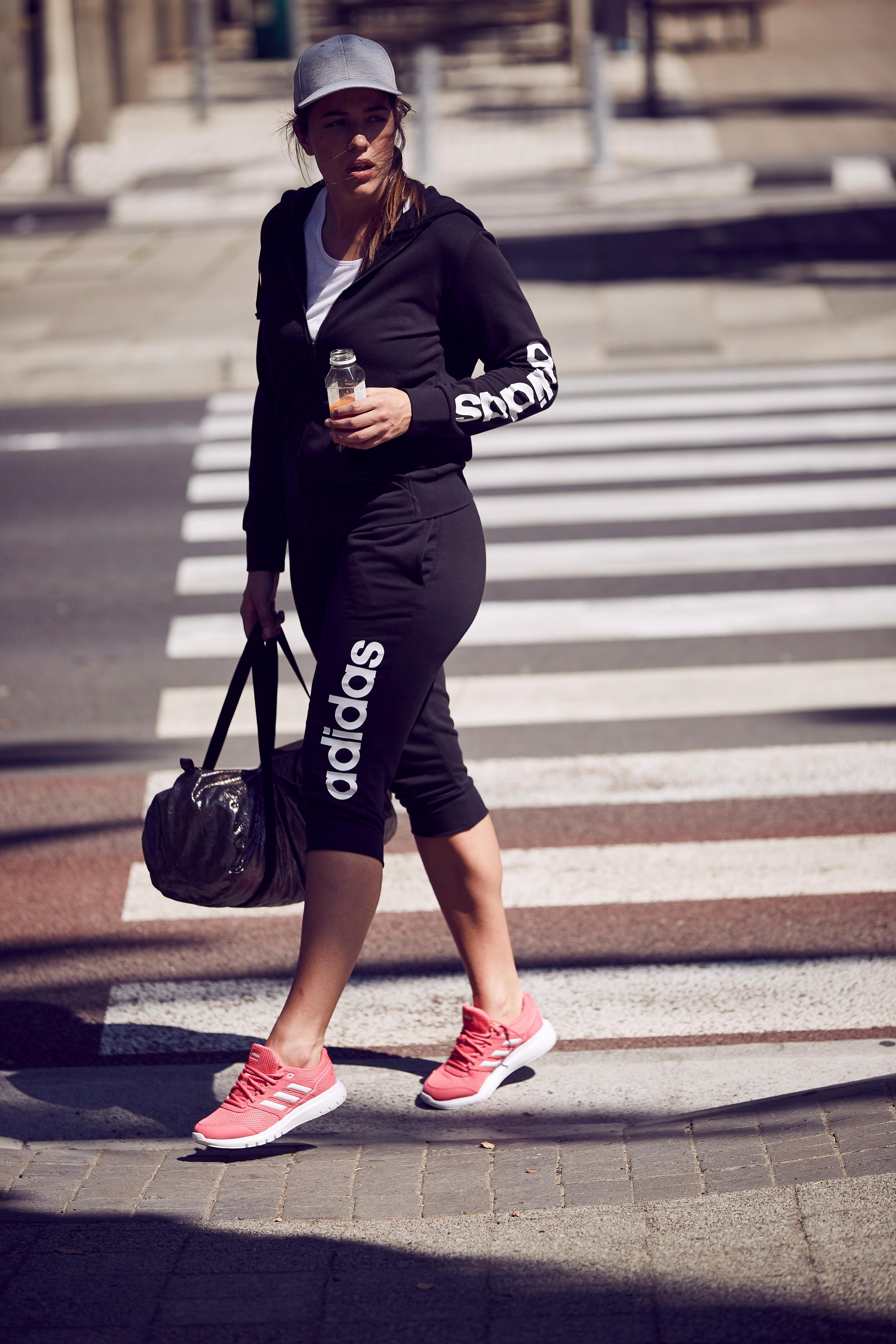 Linear Adidas Driekwartbroekessentials Pant Winkel De Performance 4 3 Online In zUVqMSGp