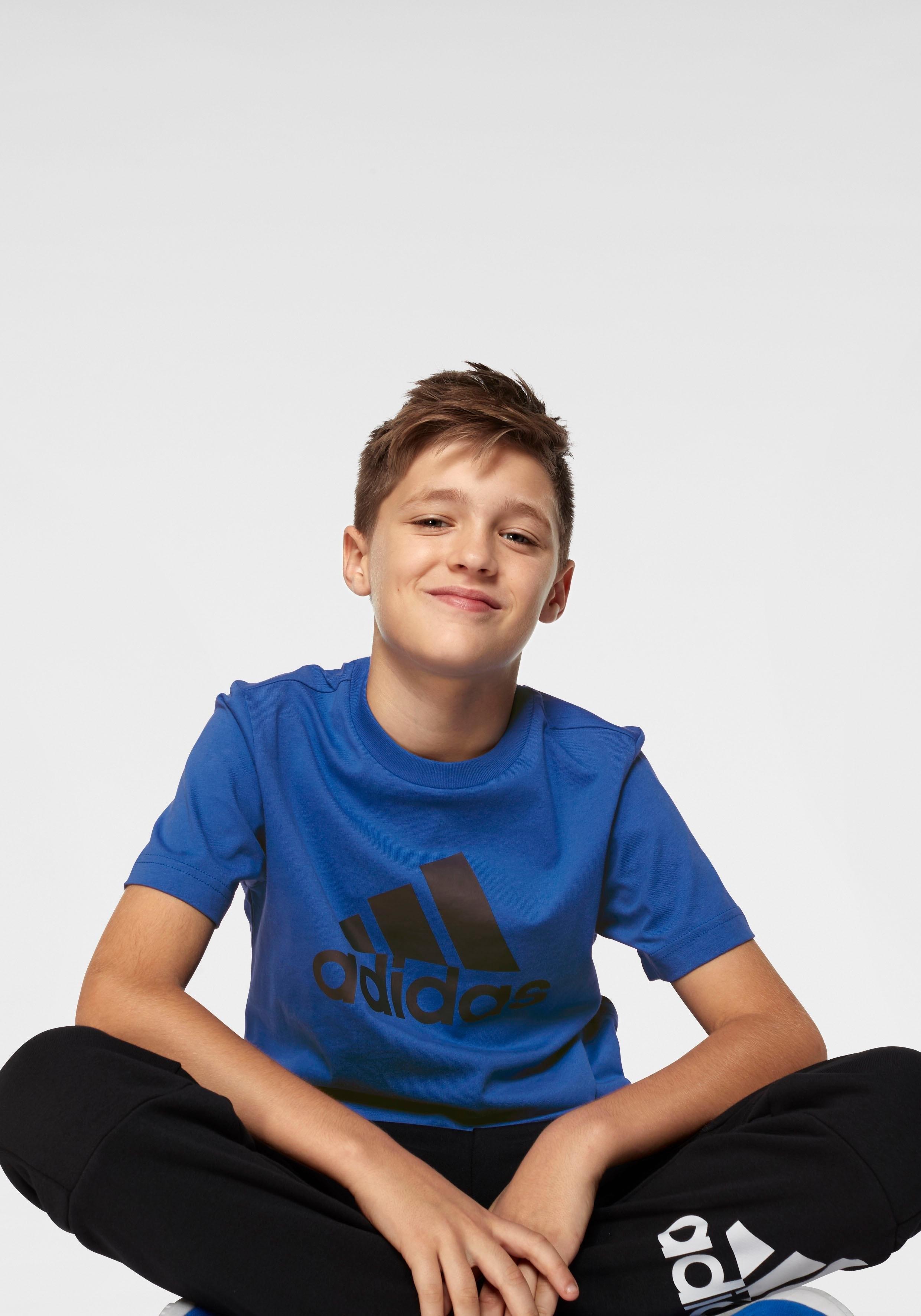 Op zoek naar een adidas Performance T-shirt »YOUNG BOYS MUST HAVE BOS TEE«? Koop online bij OTTO