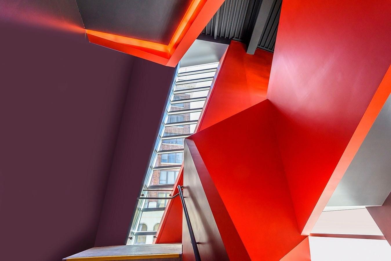 Places of Style artprint op acrylglas Ingenieuze trap voordelig en veilig online kopen