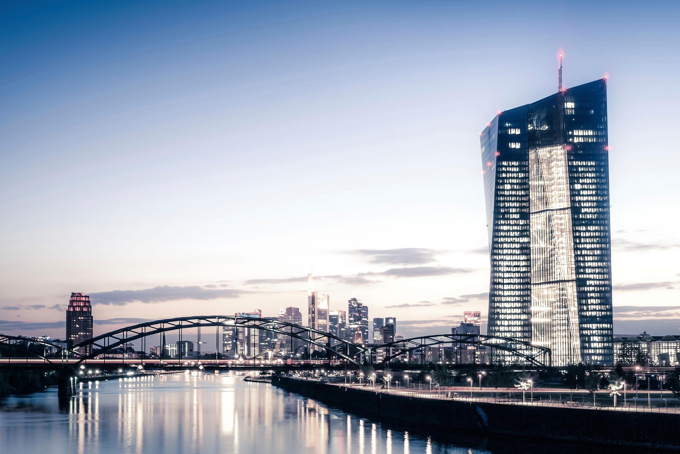 Op zoek naar een Places of Style artprint op acrylglas Skyline? Koop online bij OTTO