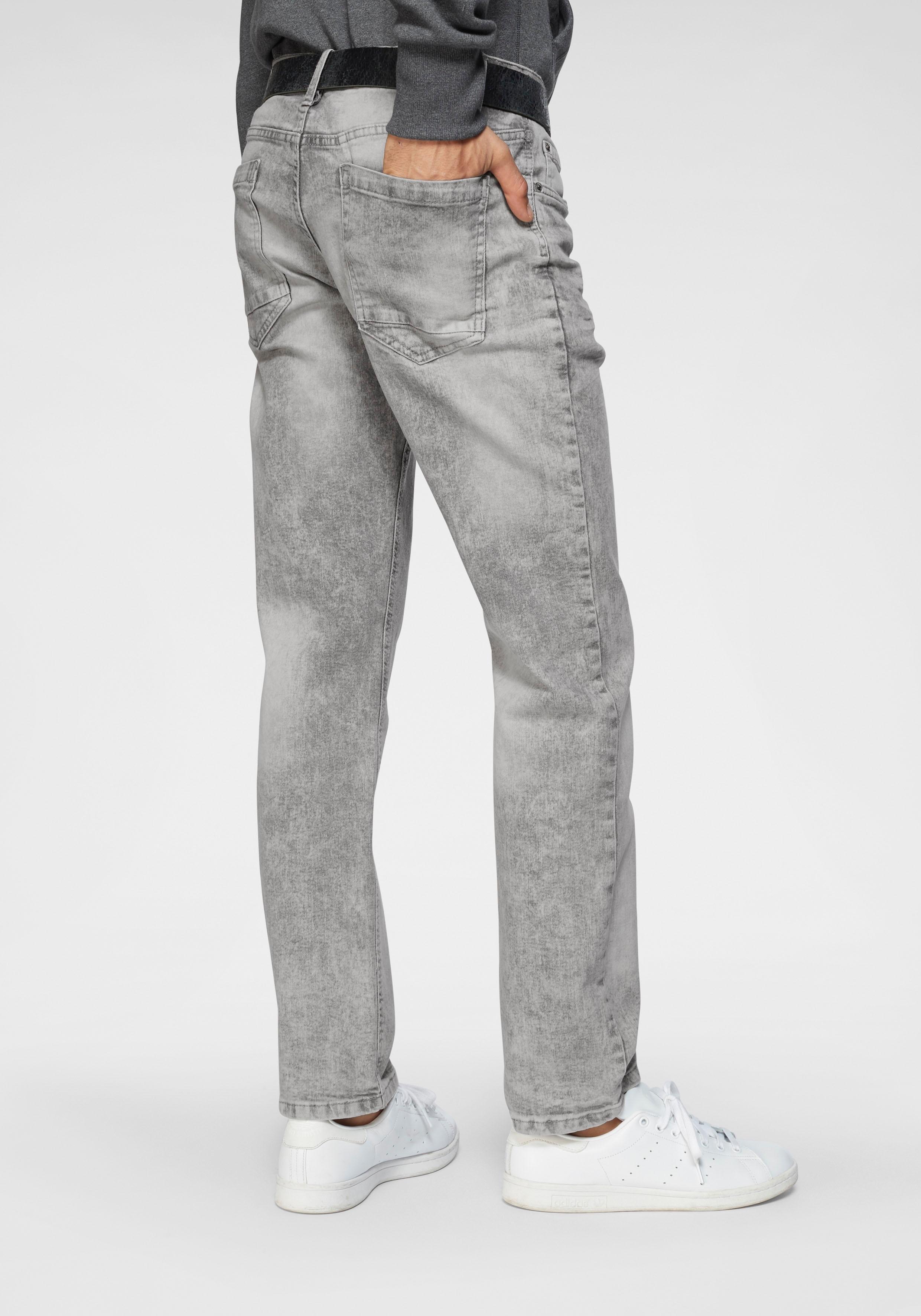 Op zoek naar een John Devin straight jeans met rechte pijpen? Koop online bij OTTO