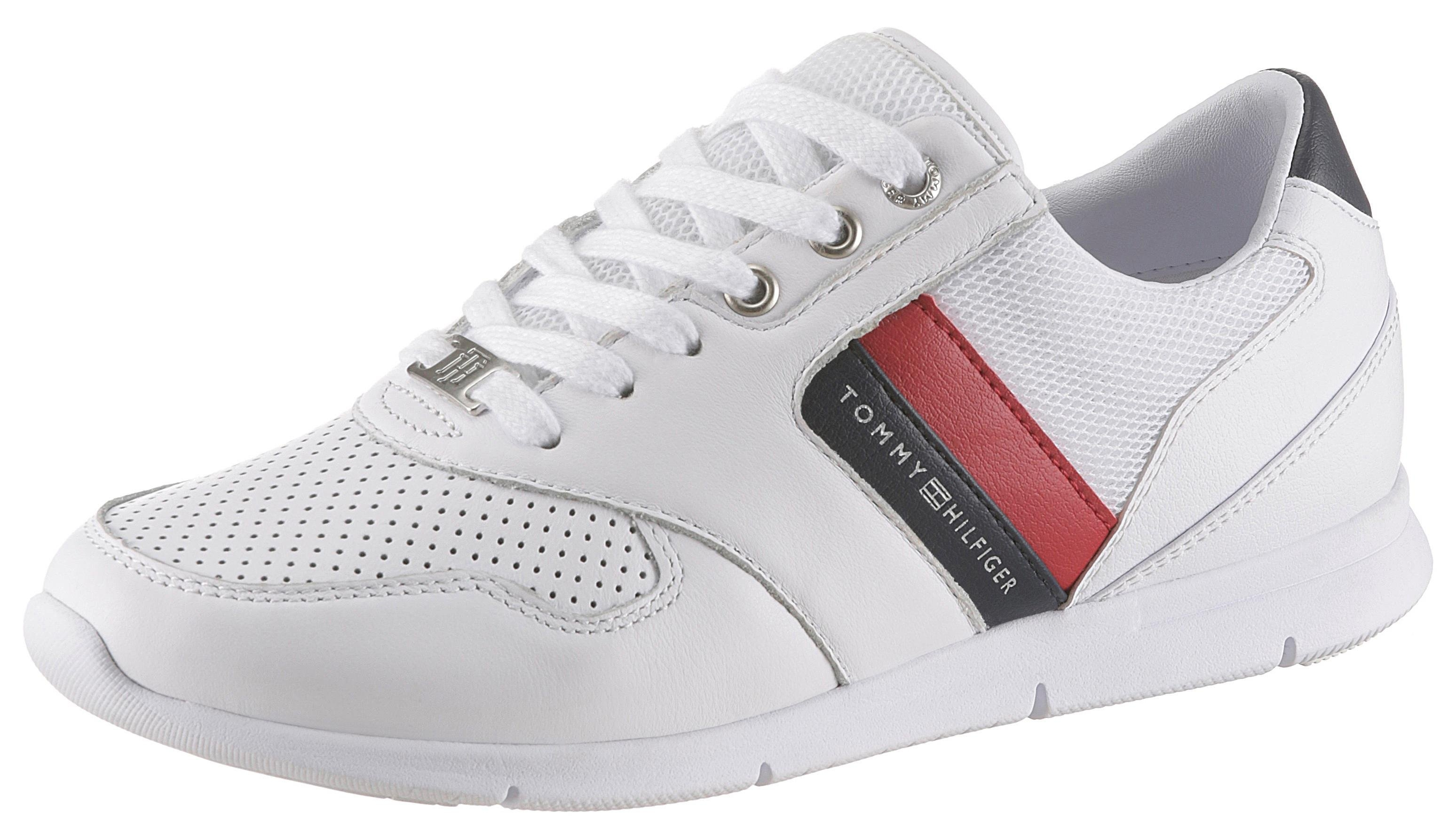 Op zoek naar een TOMMY HILFIGER sneakers »SKYE 1C5«? Koop online bij OTTO