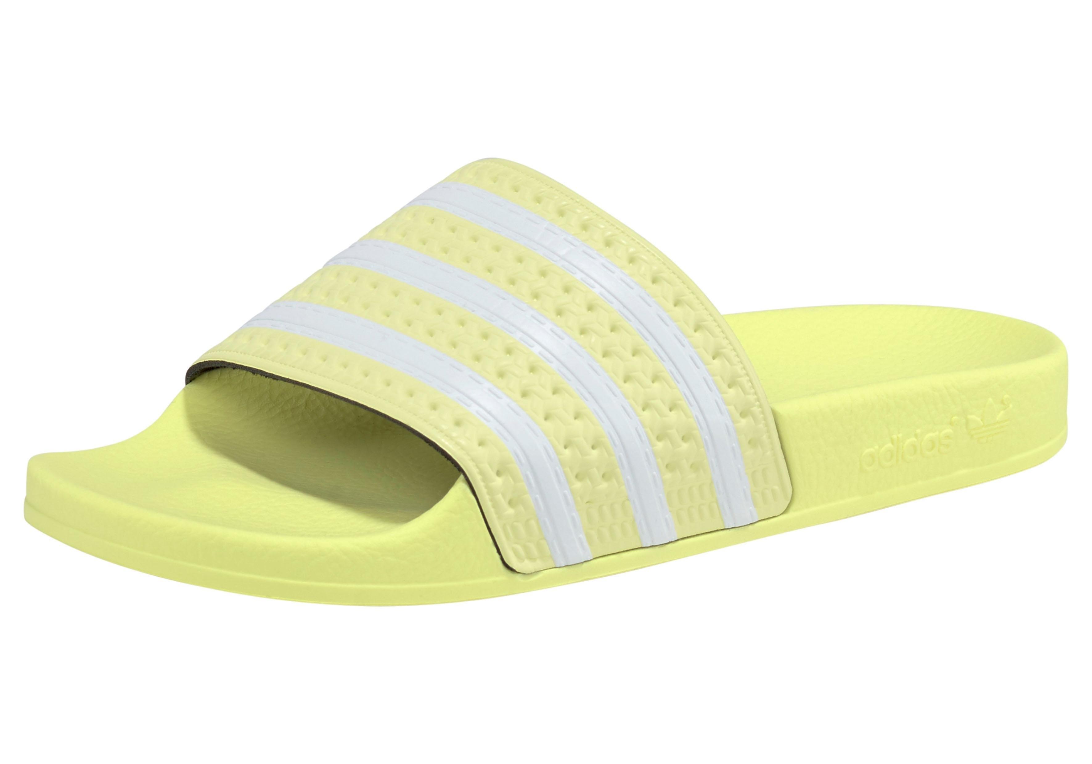 Op zoek naar een adidas Originals badslippers »Adilette W«? Koop online bij OTTO