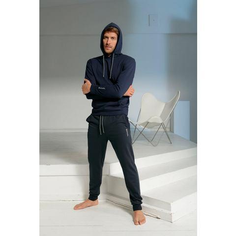 NU 20% KORTING: Bench. hoodie