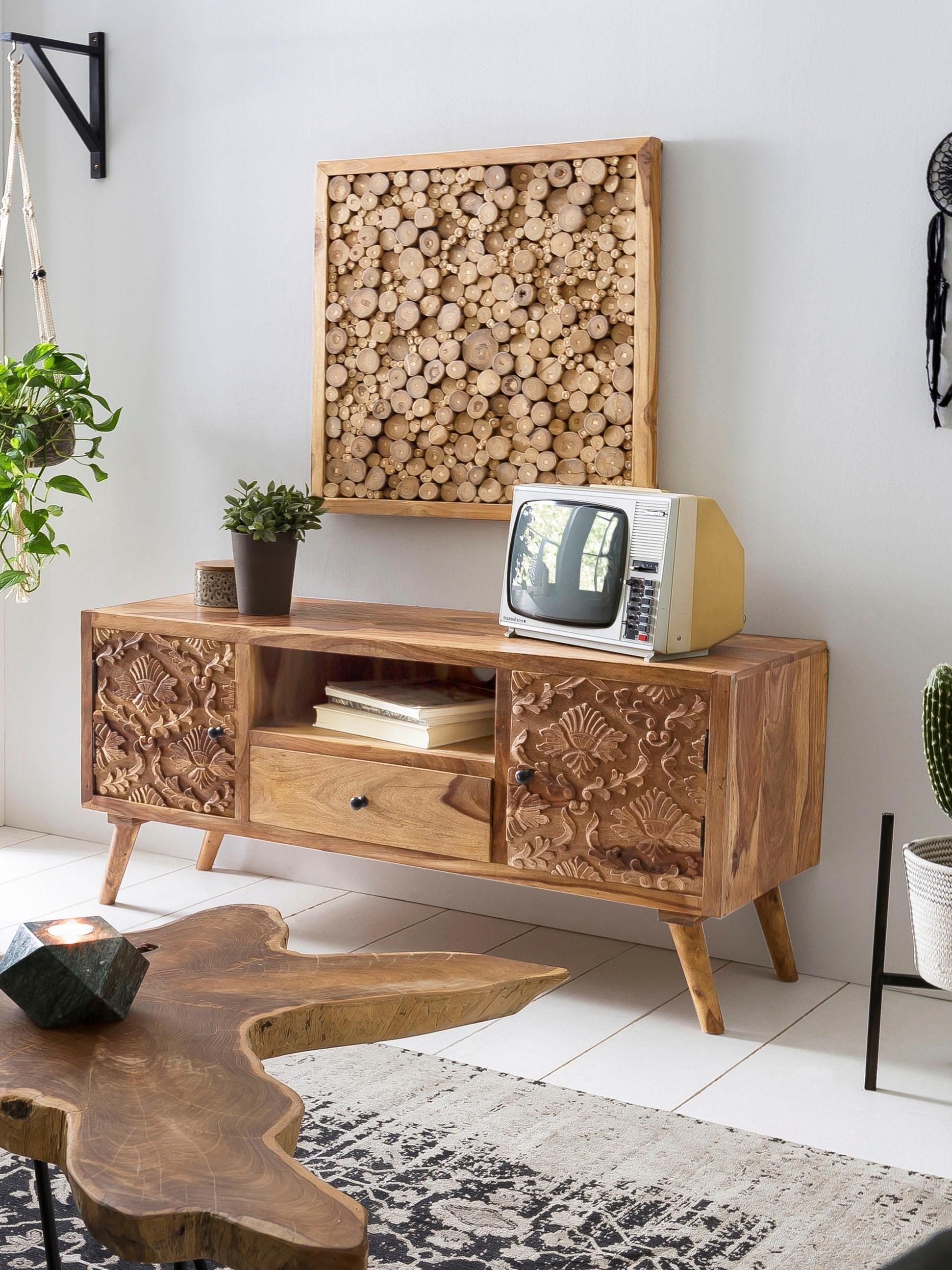 SIT tv-meubel Carved met zeer gedetailleerd houtsnijwerk, breedte 130 cm nu online kopen bij OTTO