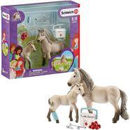 schleich speelfiguur horse club, hannahs eerste hulp bij ongevallen set (42430) (set) multicolor