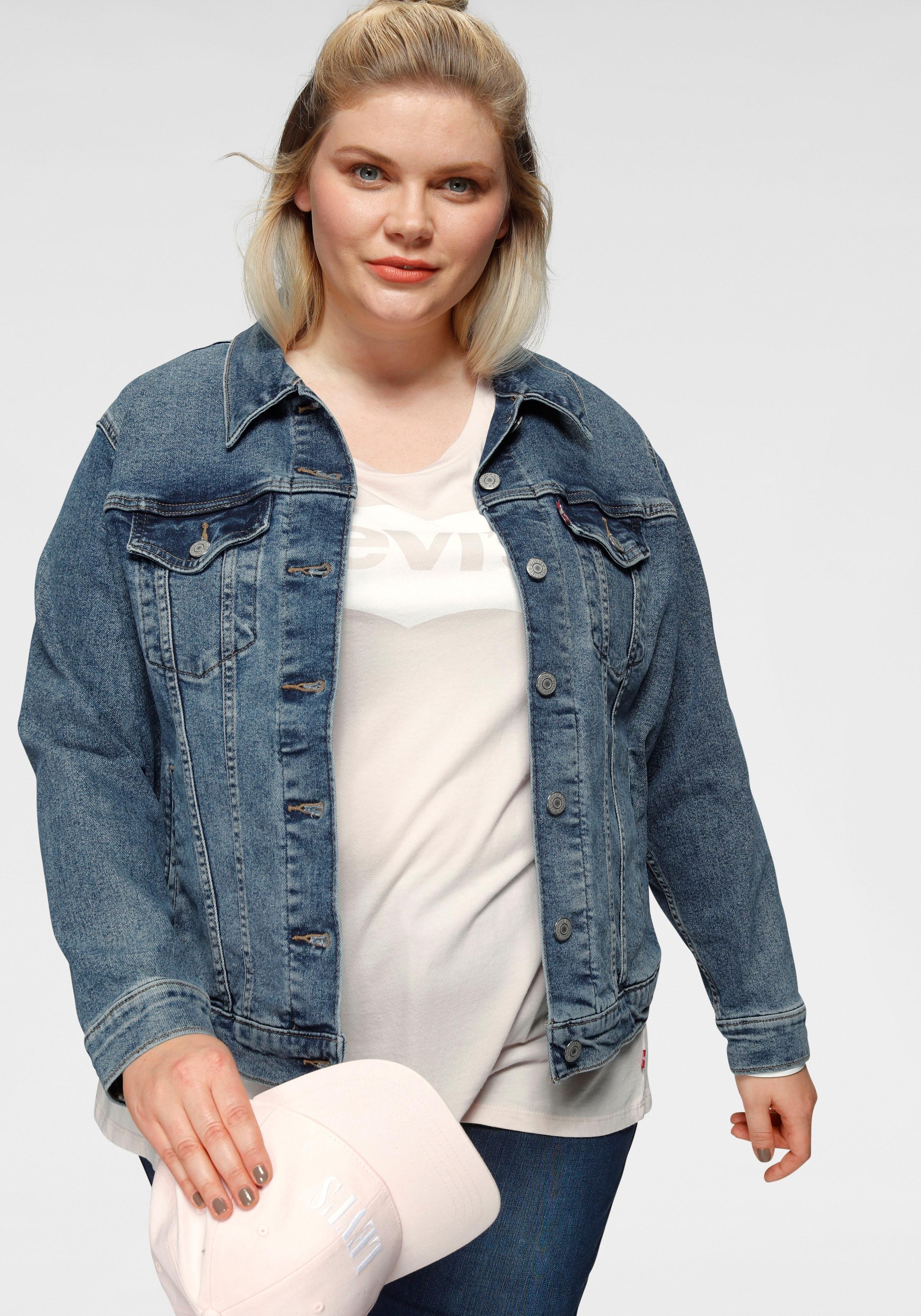 LEVI'S ® Plus jeansjack »Boyfriend Trucker« online kopen op otto.nl