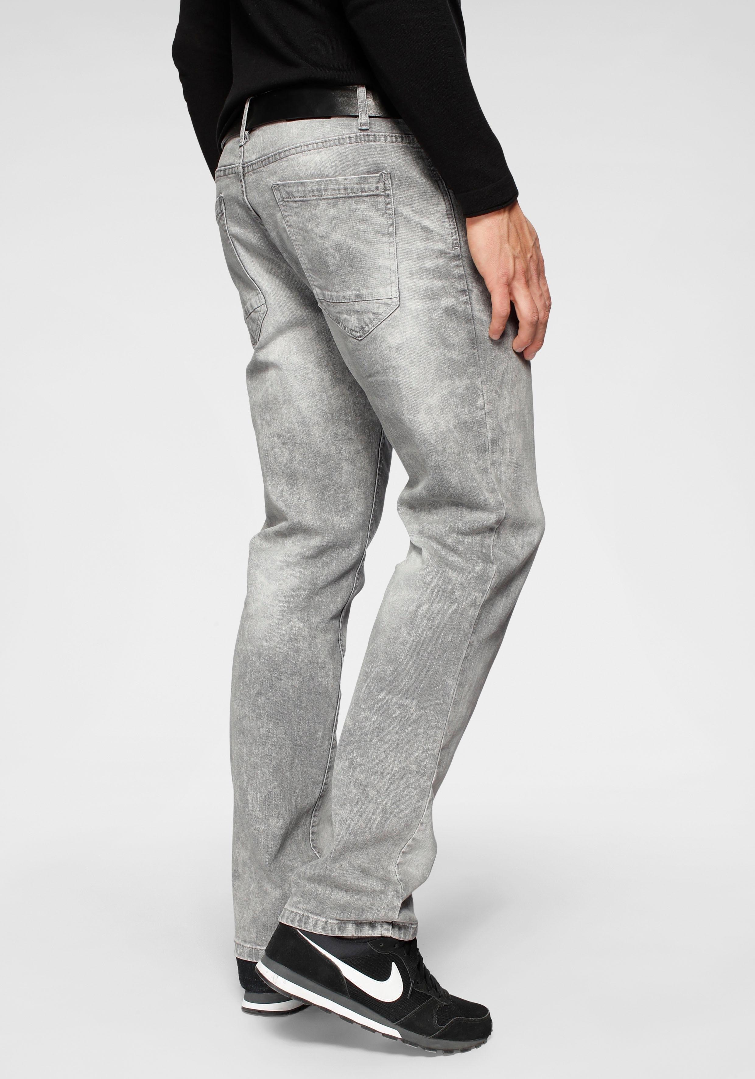 Op zoek naar een John Devin straight-jeans? Koop online bij OTTO