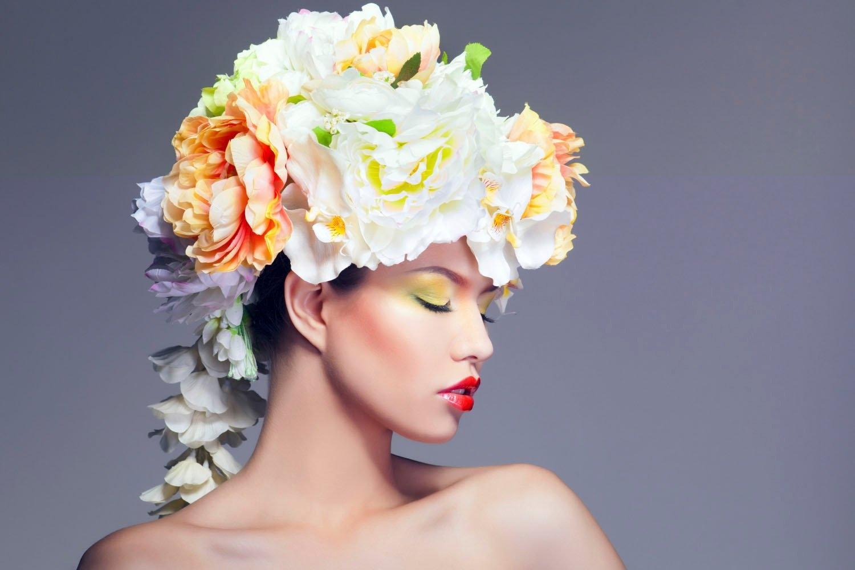 queence artprint op acrylglas Vrouw met bloemenhoed goedkoop op otto.nl kopen