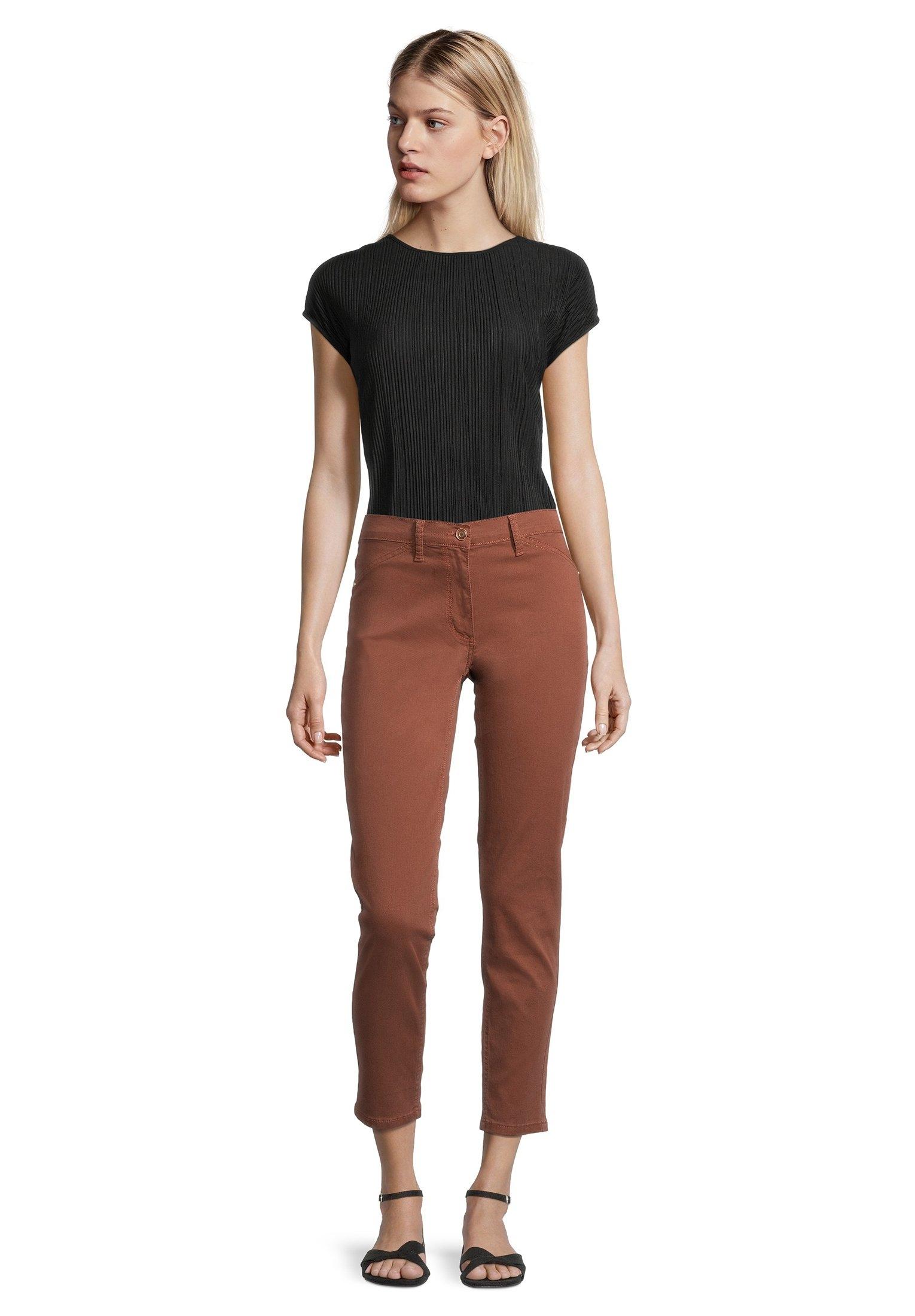 Op zoek naar een Betty Barclay stoffen broek »mit aufgesetzten Taschen«? Koop online bij OTTO