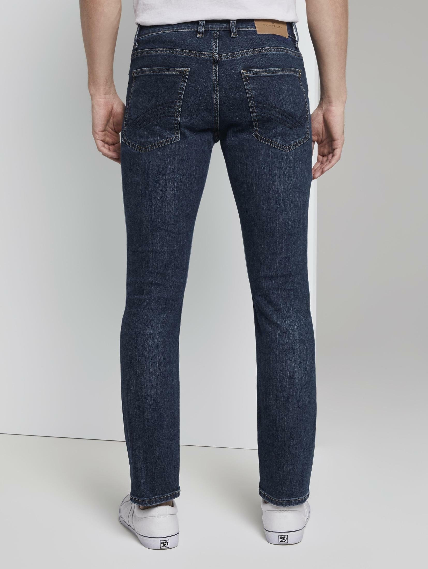 Op zoek naar een TOM TAILOR slim fit jeans »Josh regular slim jeans«? Koop online bij OTTO