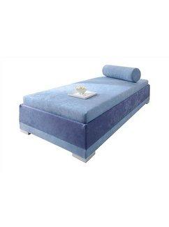 Bed met houten frame