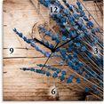 artland wandklok lavendel tegen houten achtergrond bruin