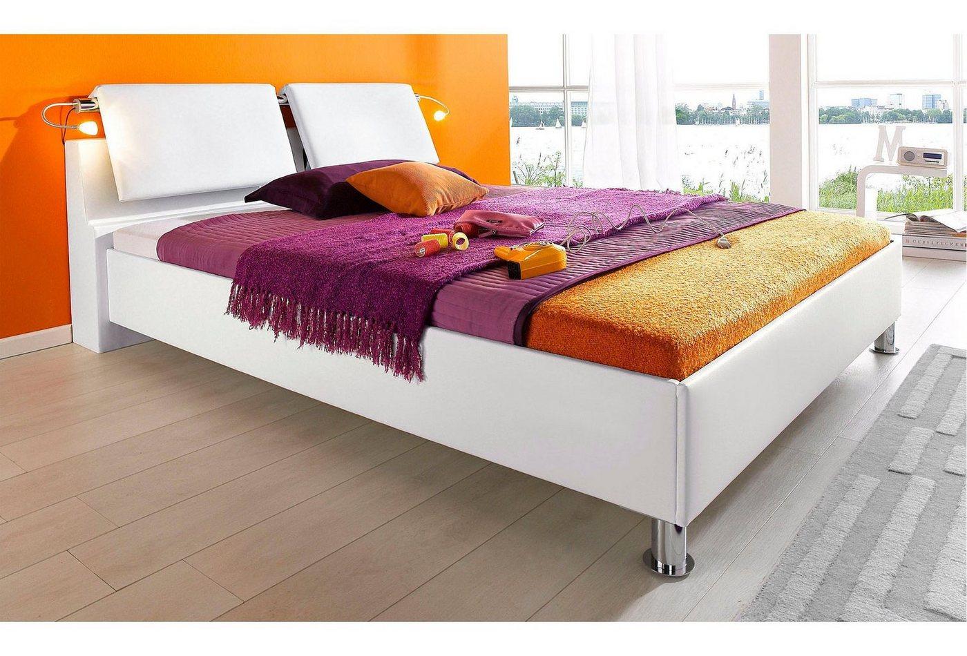 Bed, met verschillende soorten matrassen