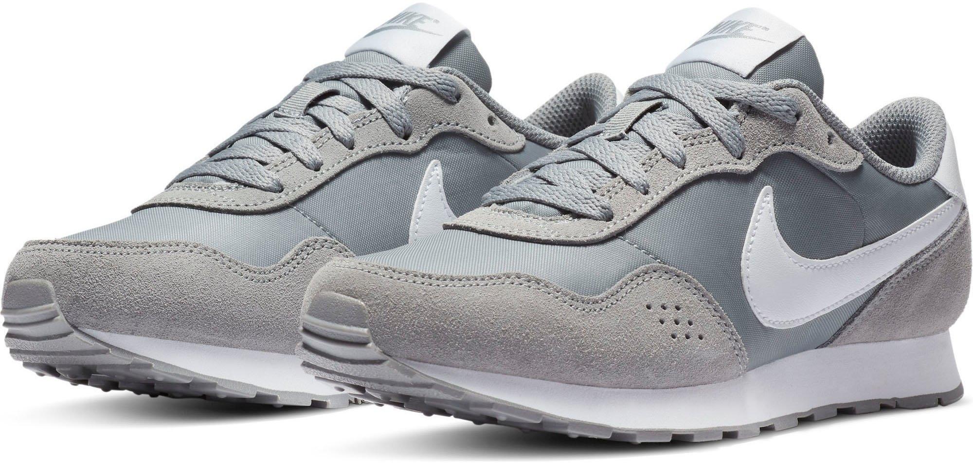 Nike Sportswear sneakers MD Runner Valiant bij OTTO online kopen