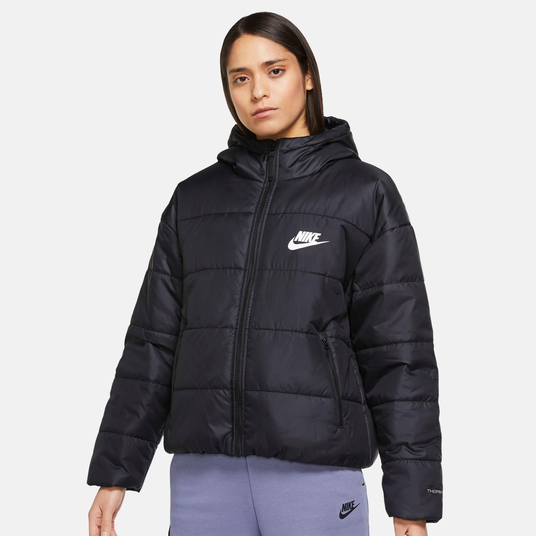 Op zoek naar een Nike Sportswear gewatteerde jas THERMA-FIT REPEL CLASSIC SERIES WOMANS JACKET? Koop online bij OTTO