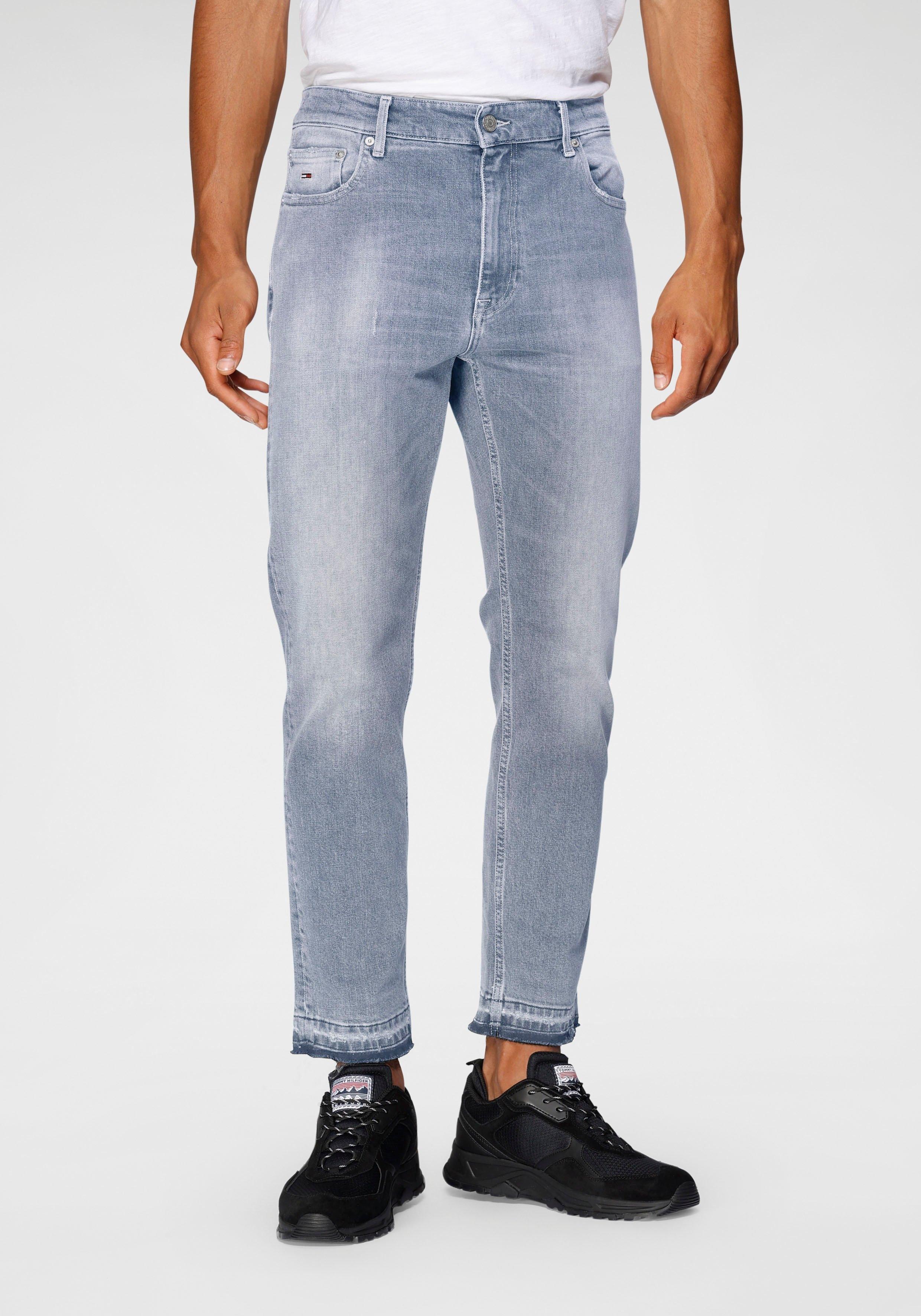 Op zoek naar een TOMMY JEANS straight jeans DAD JEAN REG TPRD? Koop online bij OTTO
