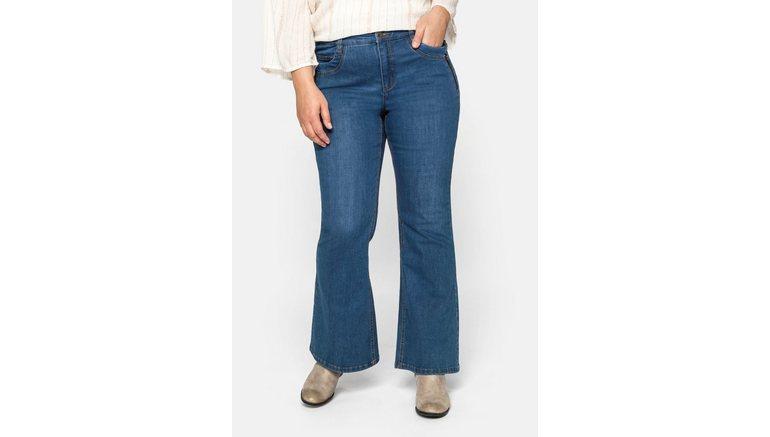 Sheego stretch jeans met wijd uitlopende zoom en catfaces