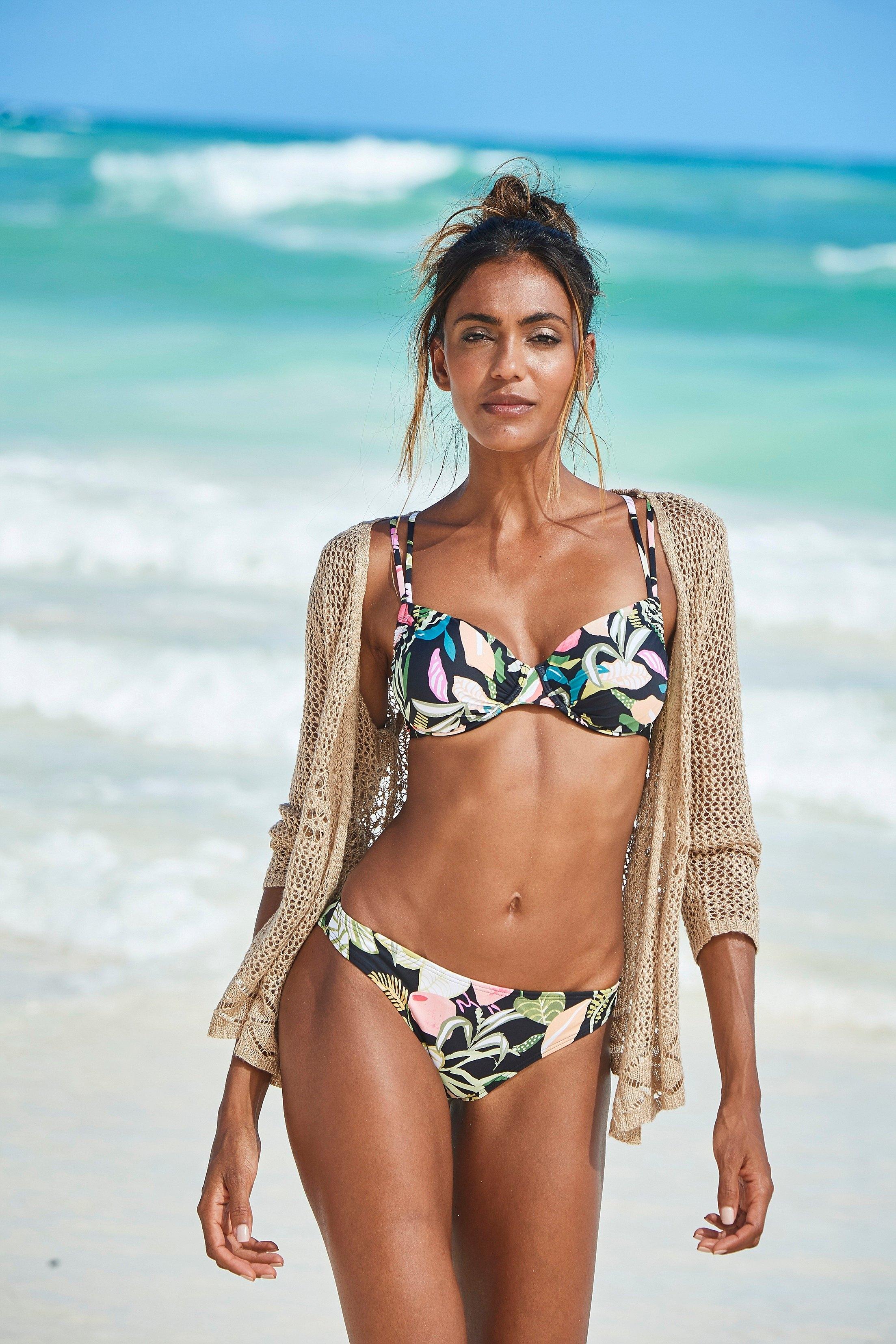 s.Oliver RED LABEL Beachwear bikinibroekje Herfst met een bloemmotief in de webshop van OTTO kopen